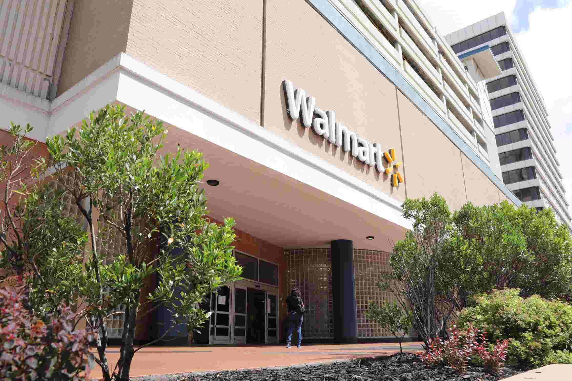 Walmart To Close White Plains Store