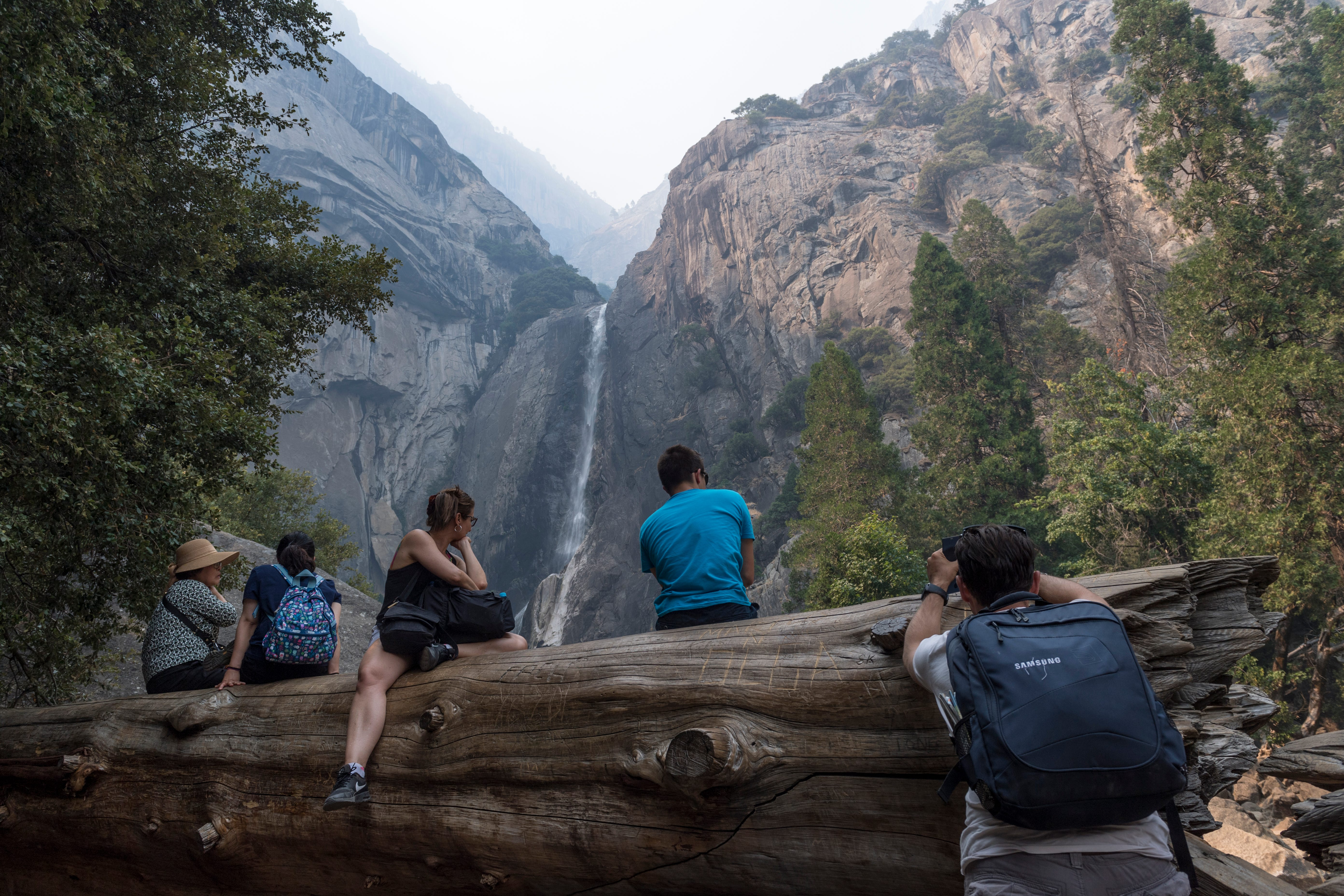 Heart of Yosemite National Park, closed for 2½ weeks because of wildfire, to reopen Tuesday
