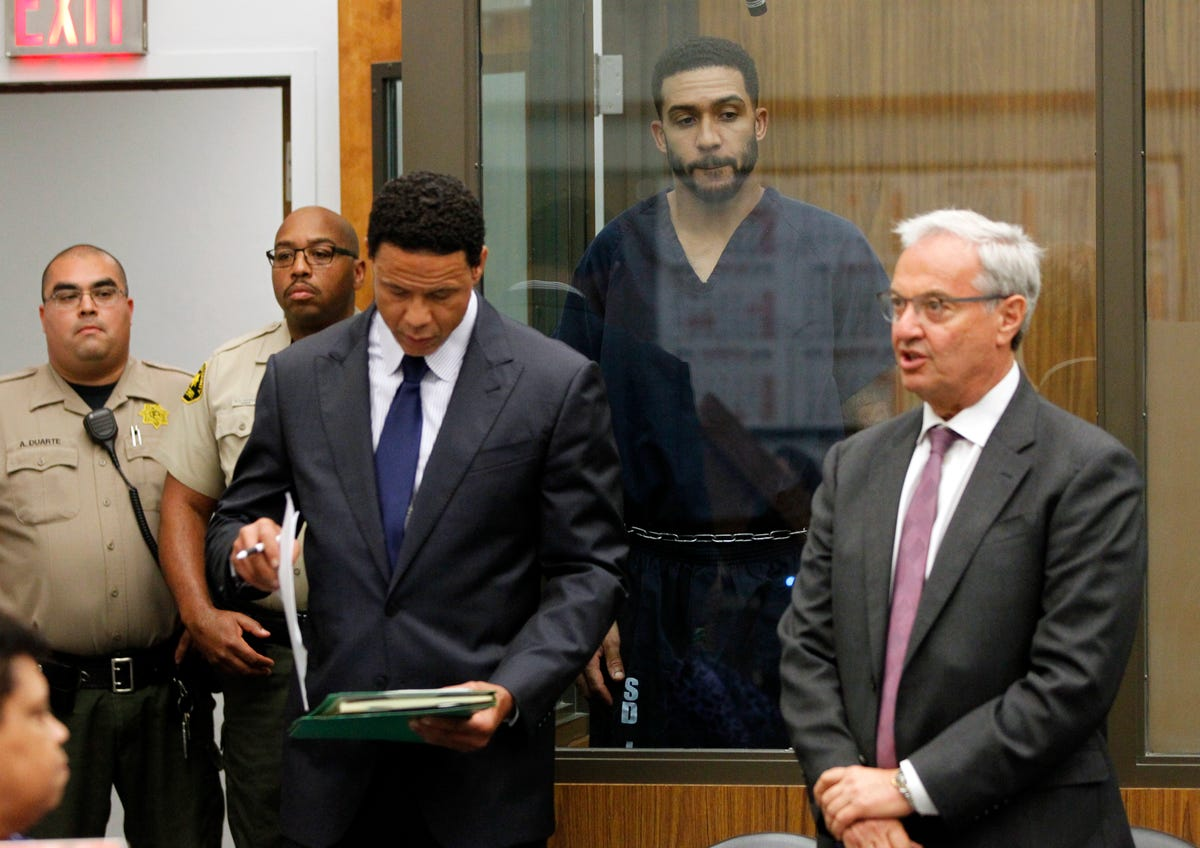 How Kellen Winslow II went from NFL star to accused serial
