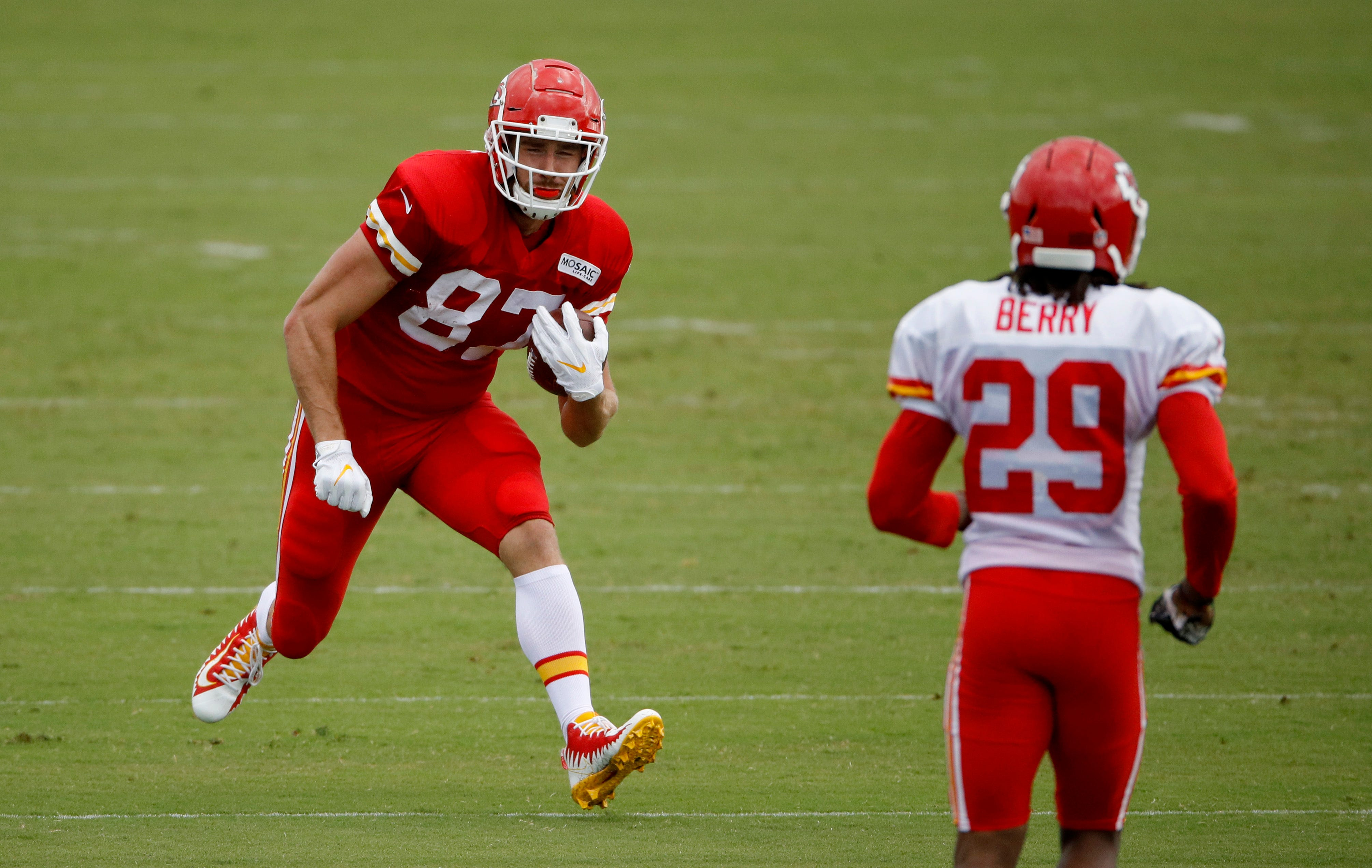 Chiefs' Eric Berry back from another season-ending injury