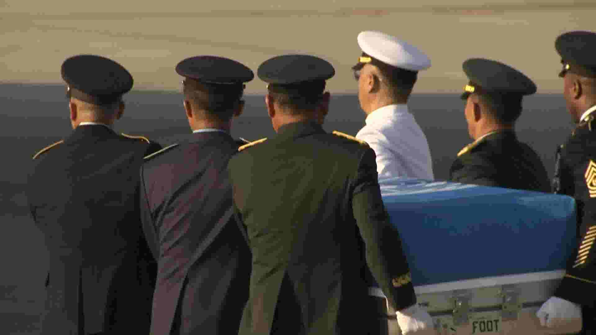 Mike Pence Welcomes Home Presumed Us Remains From North Korea
