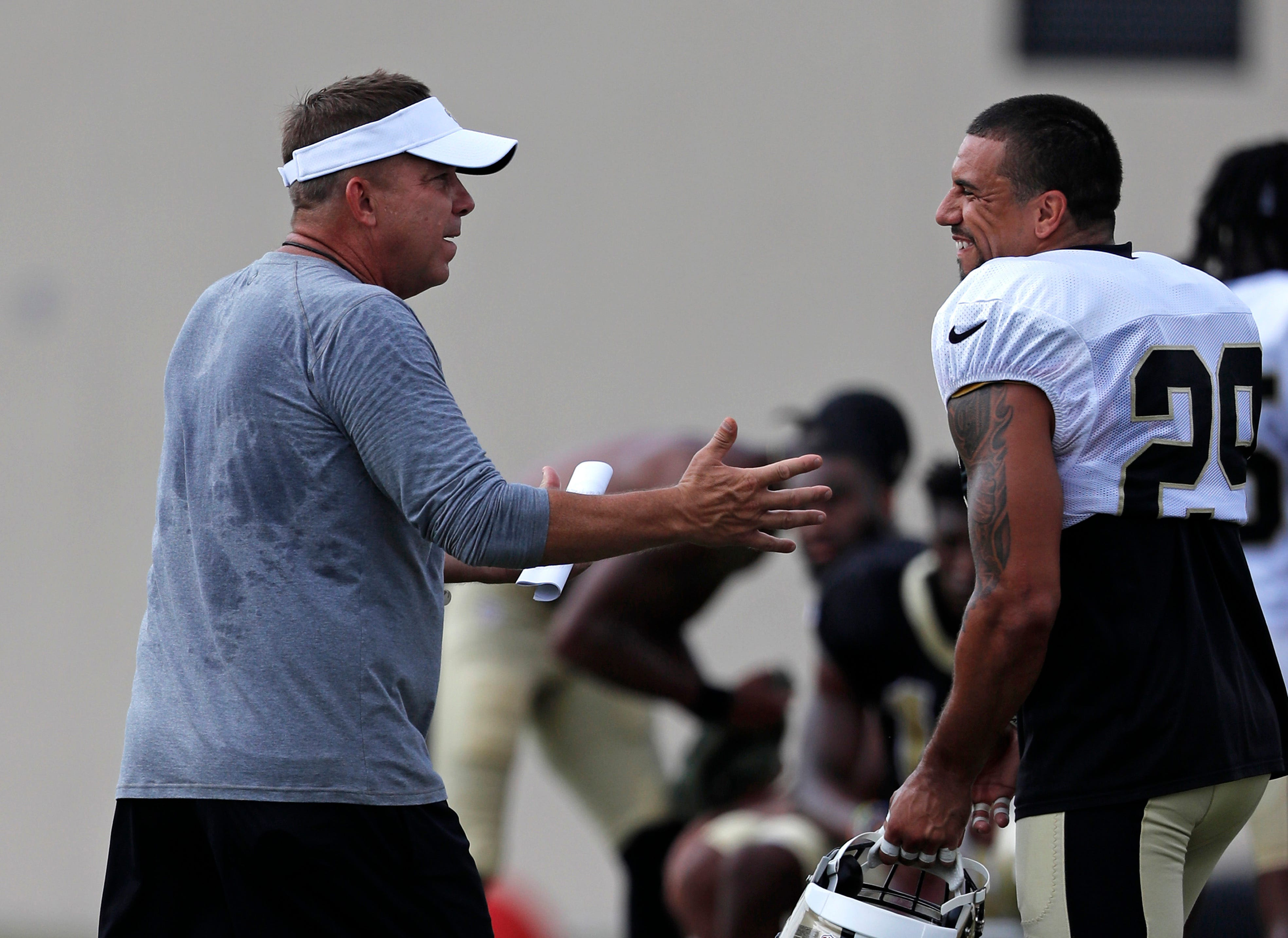Saints bring in Floyd, Tate, activate Hoomanawanui from PUP