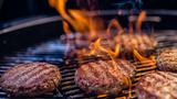 When it comes to grilling burgers, you'll get the best results when following the secrets of fellow foodies. Buzz60's Sean Dowling has more.