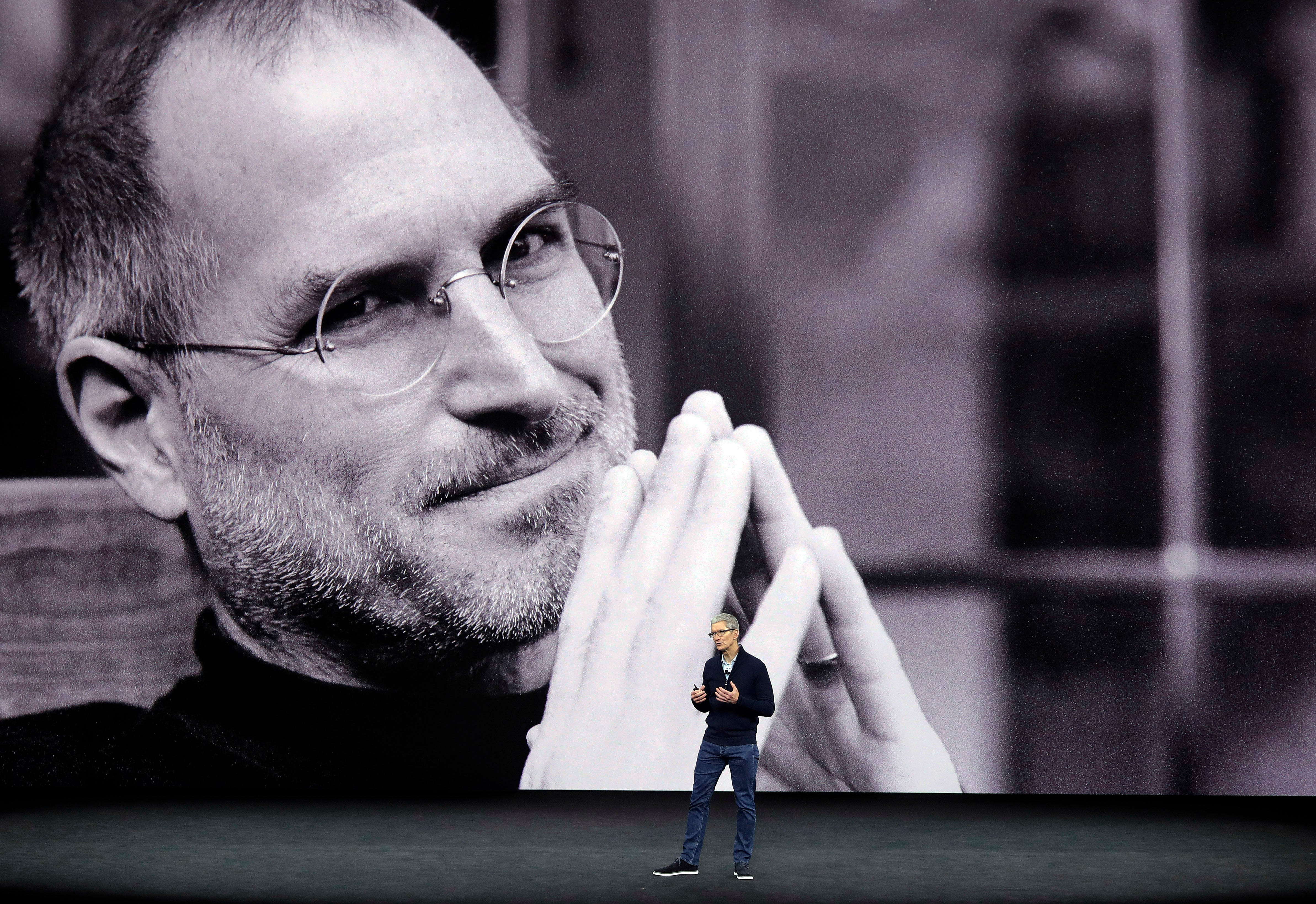 How one question from Steve Jobs set Apple up for a $1 trillion win