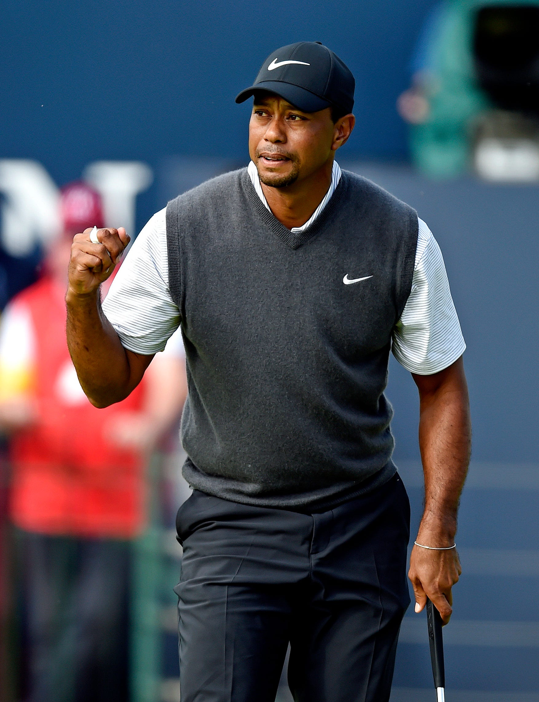 https   www.usatoday.com picture-gallery sports golf 2014 05 31 phil ... 3b24086cce41
