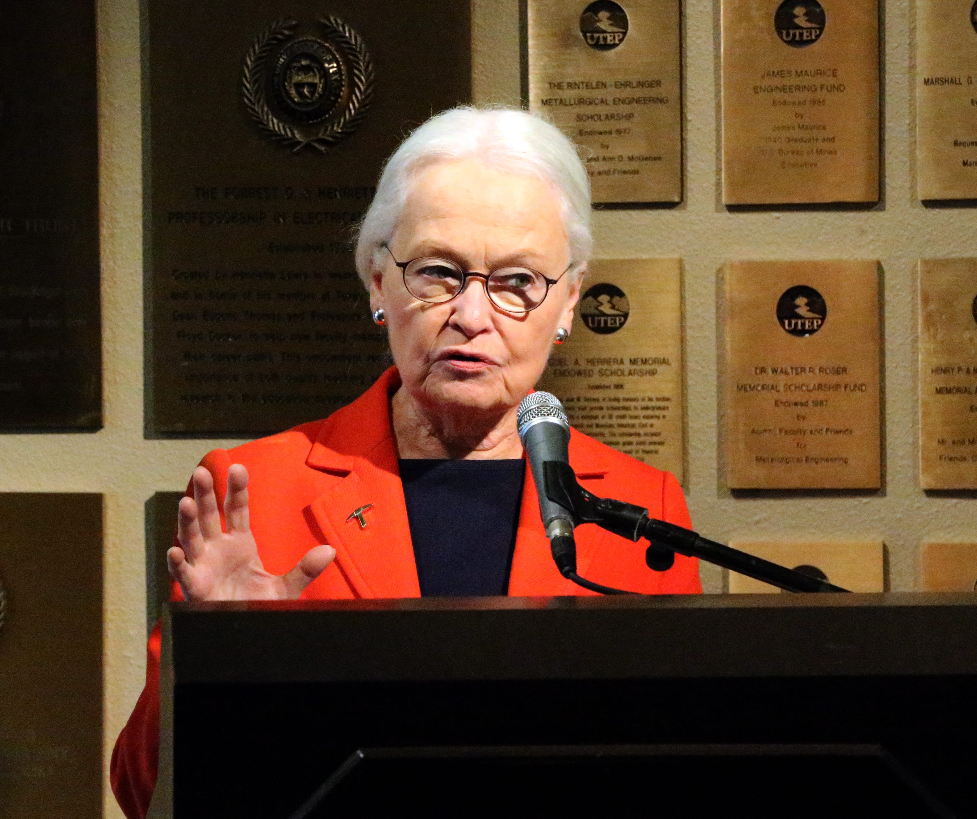 UTEP wins community impact award from Texas governor's office | El Paso Times