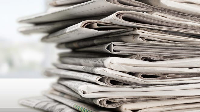 A bipartisan push is under way in Congress to shield the newspaper industry from the Trump administration's import tariffs on Canadian newsprint.