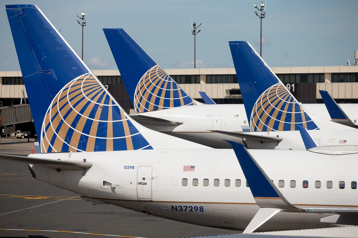 9010fb3561c1 United Airlines to charge  30 for first checked bag