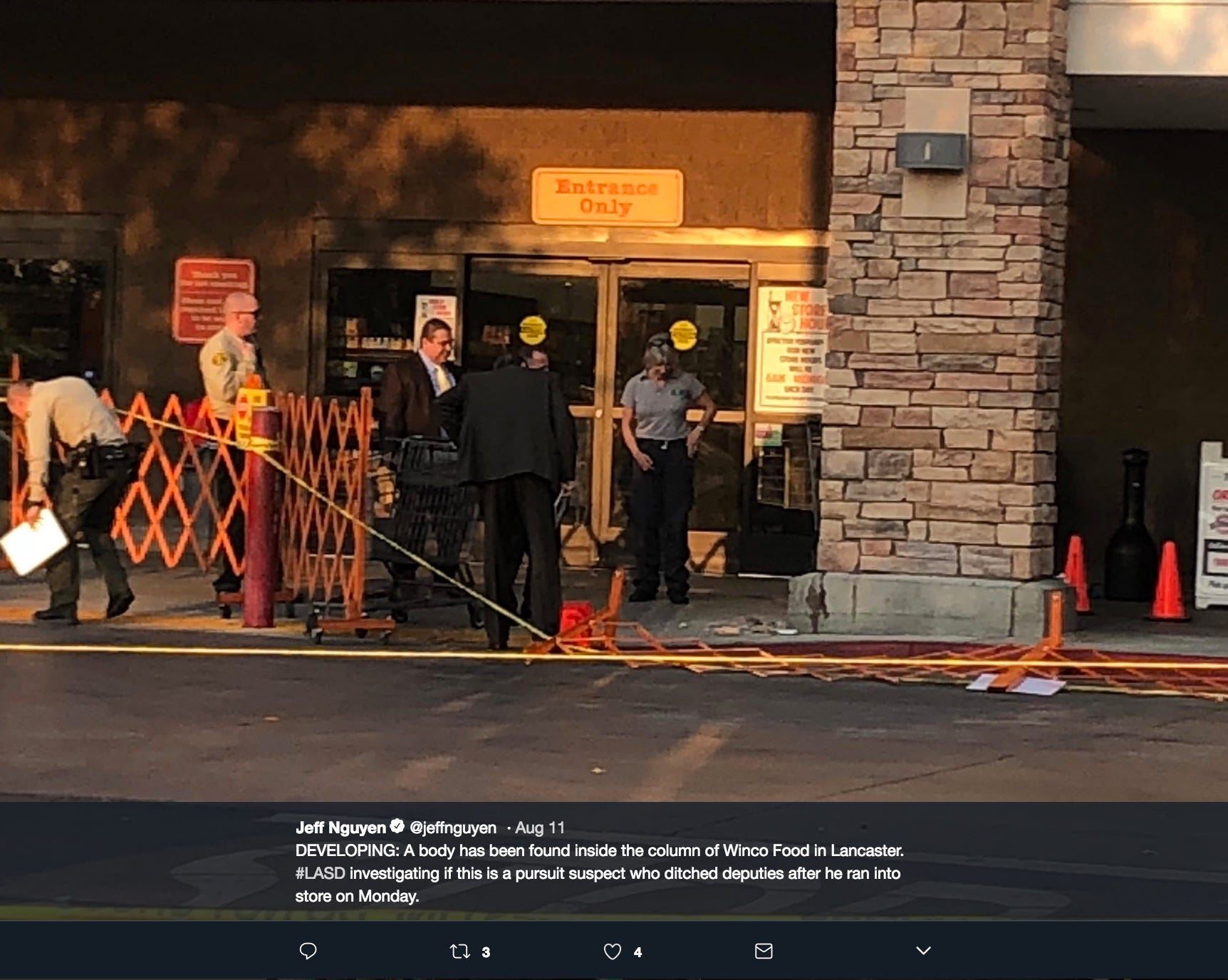 Decomposing body found in pillar outside grocery store