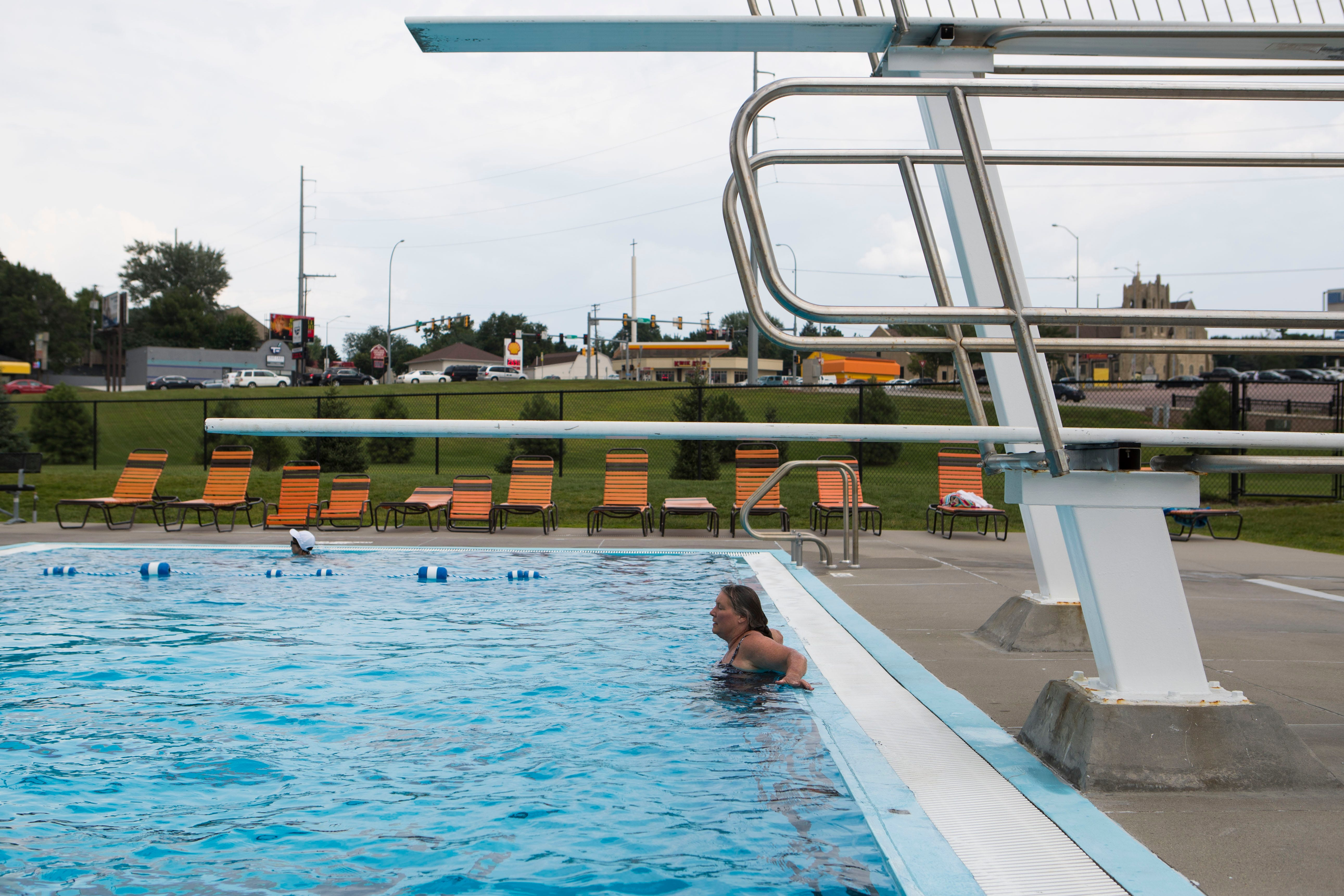 Why are Sioux Falls pools closing early this year? | Argus Leader