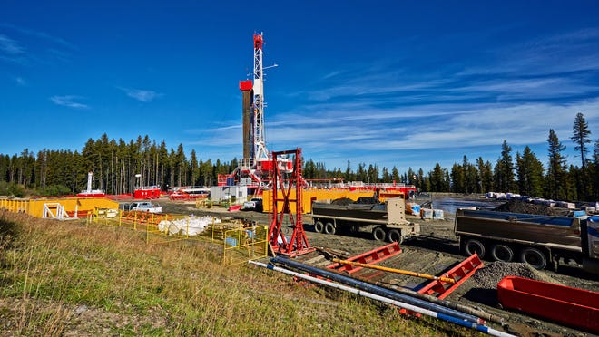 The number of fracking wells in the U.S. has increased 10 fold in 20 years to more than 300,000. Currently there are no fracking wells in Florida but the industry wants to keep its options open while environmentalists want a state ban.