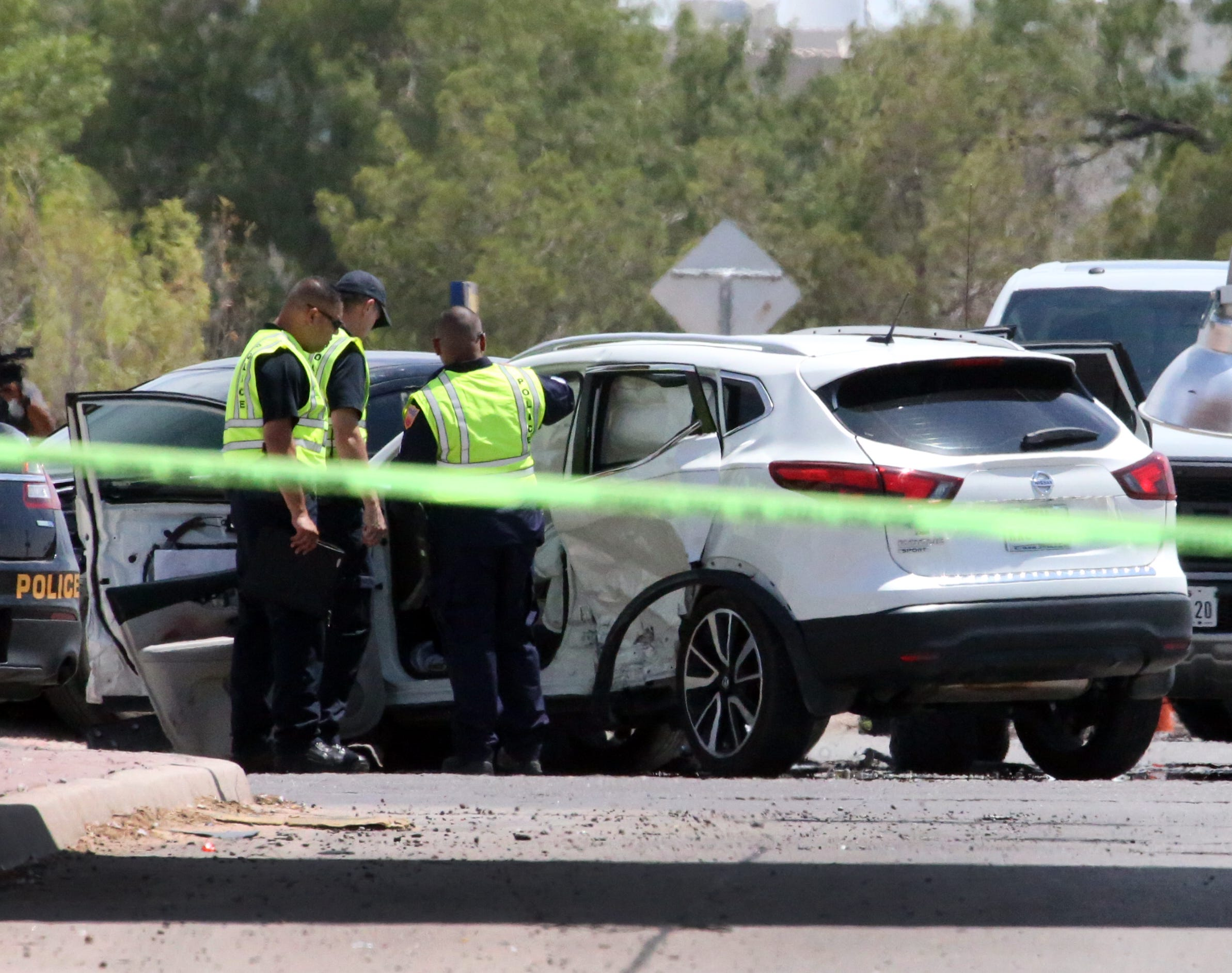 El Paso man dies in crash after being thrown from vehicle, run over by his own SUV | El Paso Times