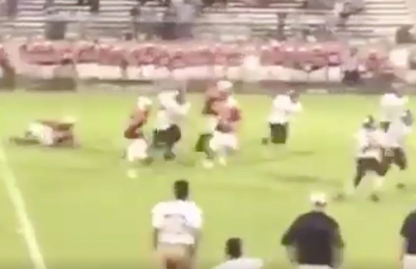 You won't believe this game-winning TD pass from a freshman game