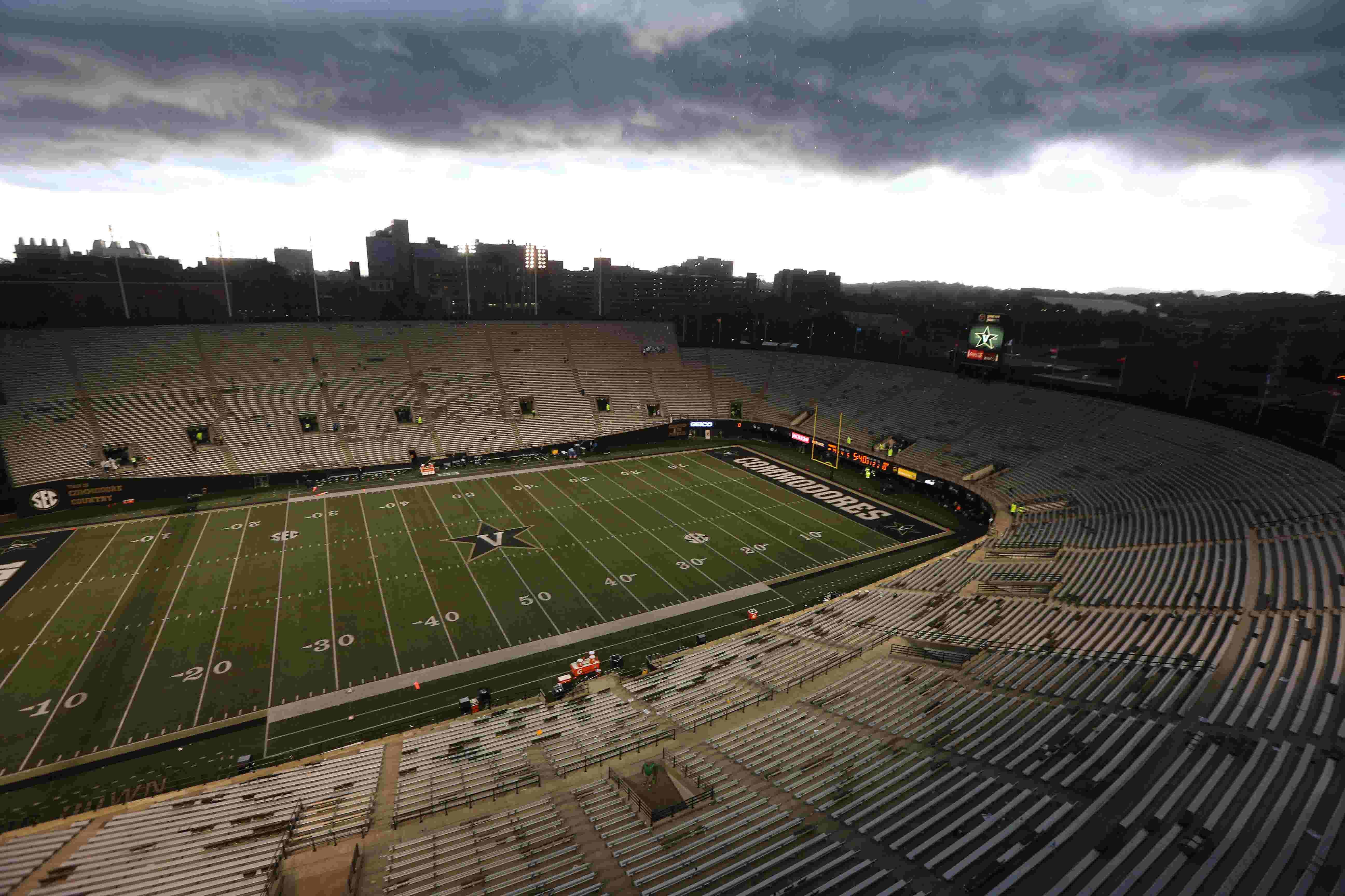 Vanderbilt Stadium Stuck In The Past