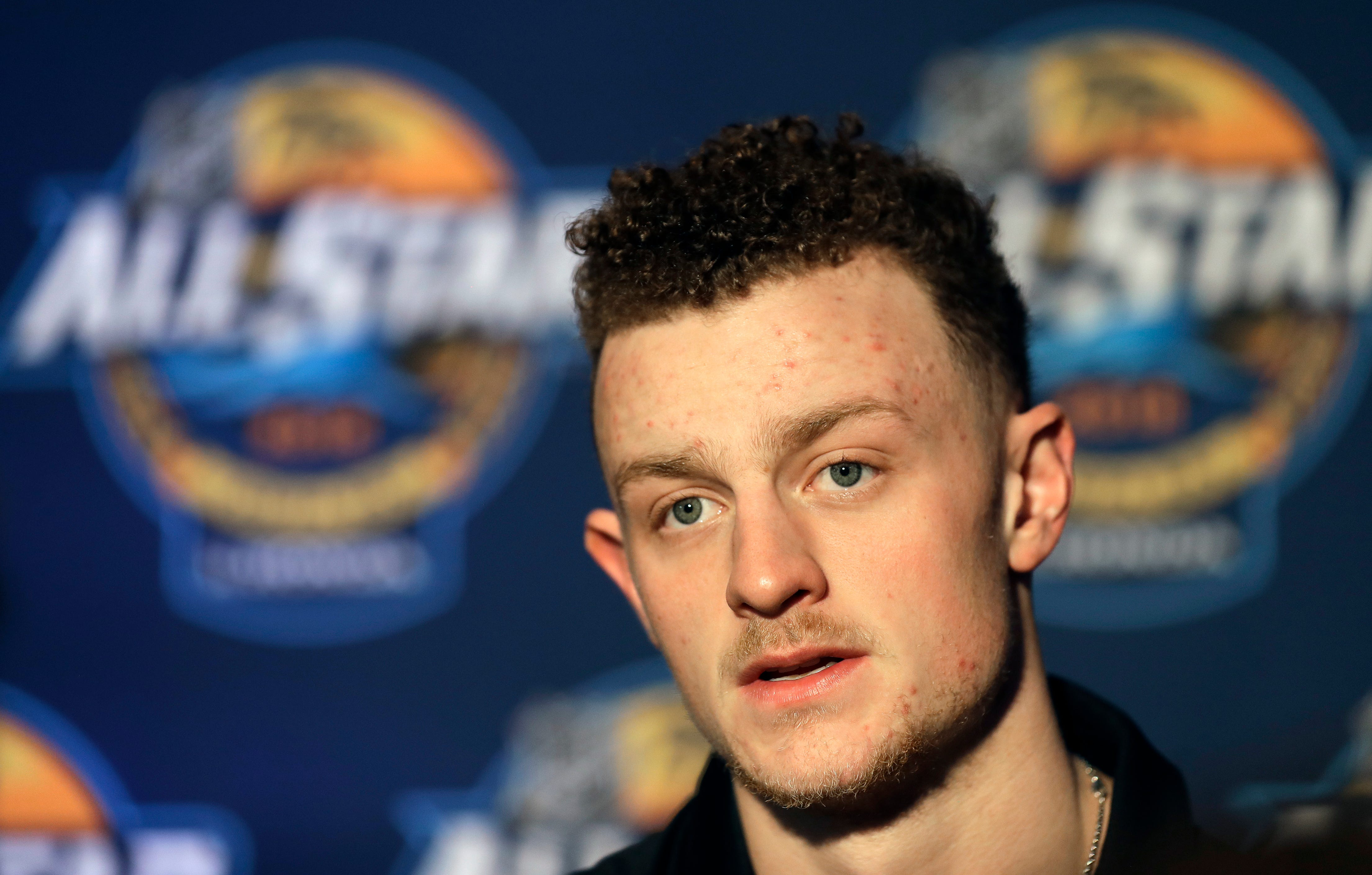 Sabres' Eichel focuses on keeping fiery emotions in check