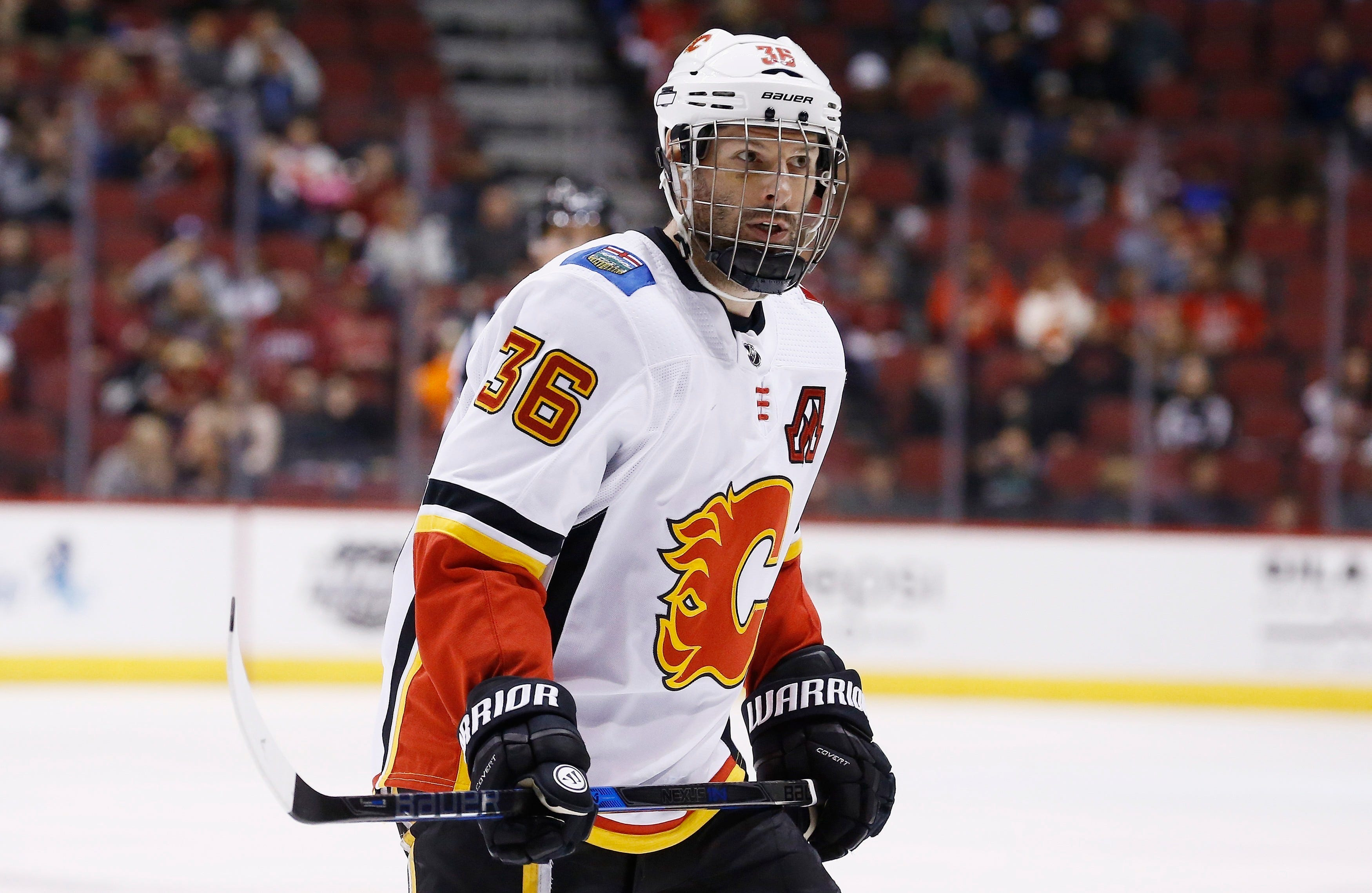 Panthers agree to terms with Troy Brouwer on one-year deal