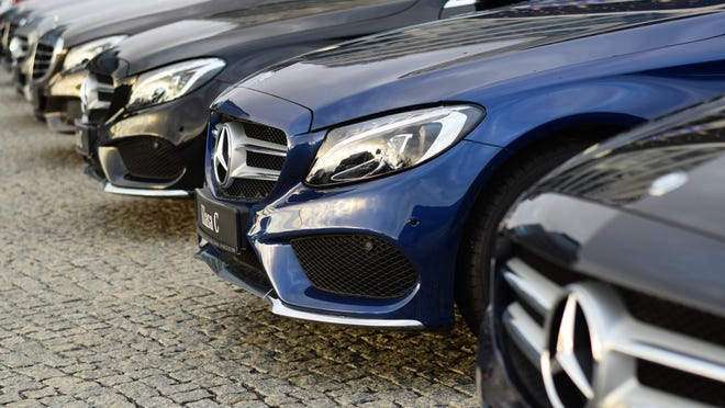 These Mercedes-Benz models qualify as luxury cars, which are being heavily discounted.