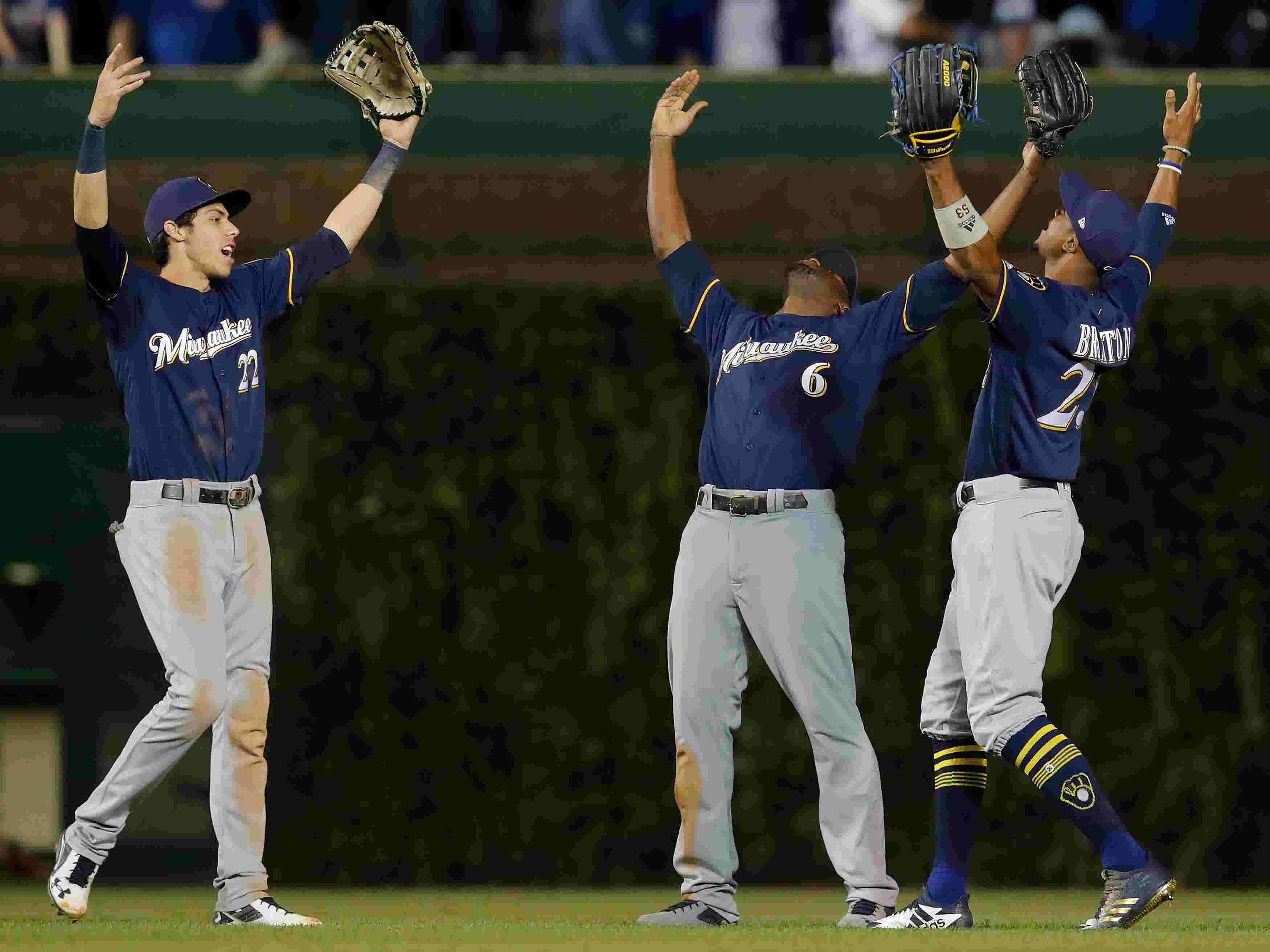 Mlb Playoff Race Nl Central Battling For Wild Card Spots