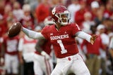 SportsPulse: USA TODAY Sports' Paul Myerberg and George Schroeder discuss how both the Sooners and the Longhorns can take the victory.