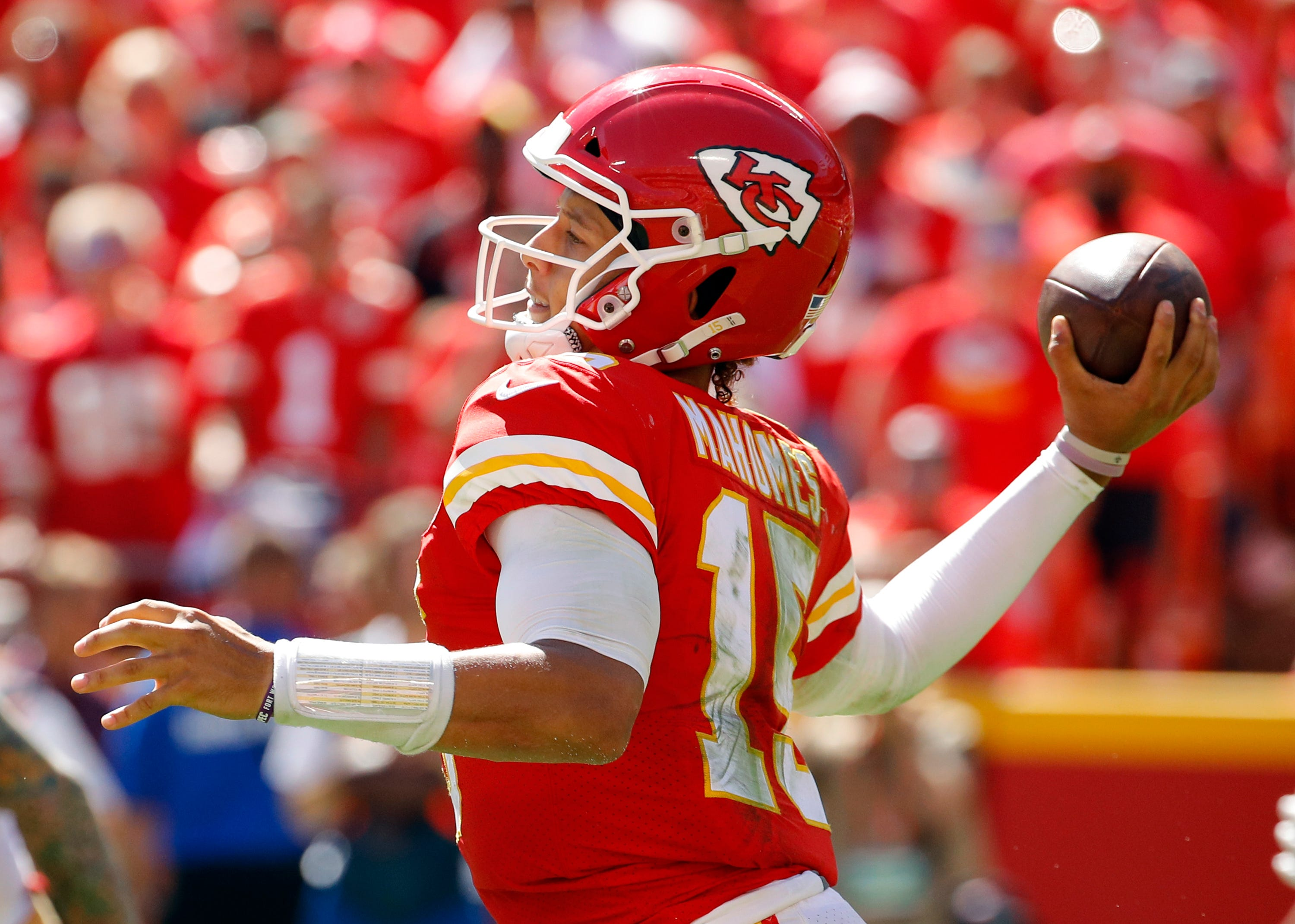 9d8fc583 Patrick Mahomes leads highlights from NFL Week 3 action