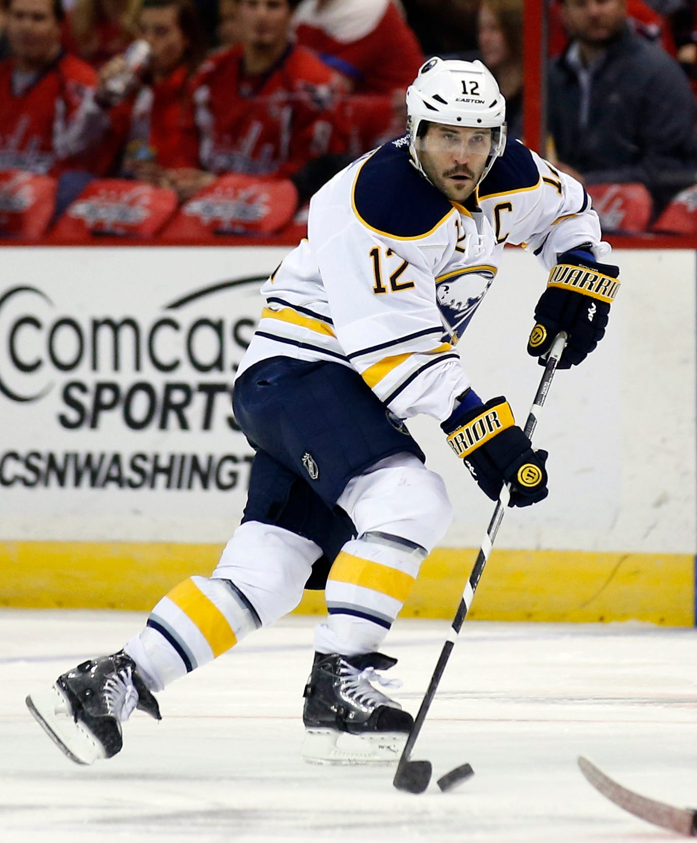 Ex-Sabres captain Brian Gionta retires after 16 NHL seasons