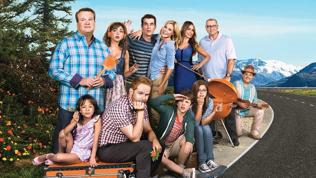Modern Family Season 8 Episode 7 Ending