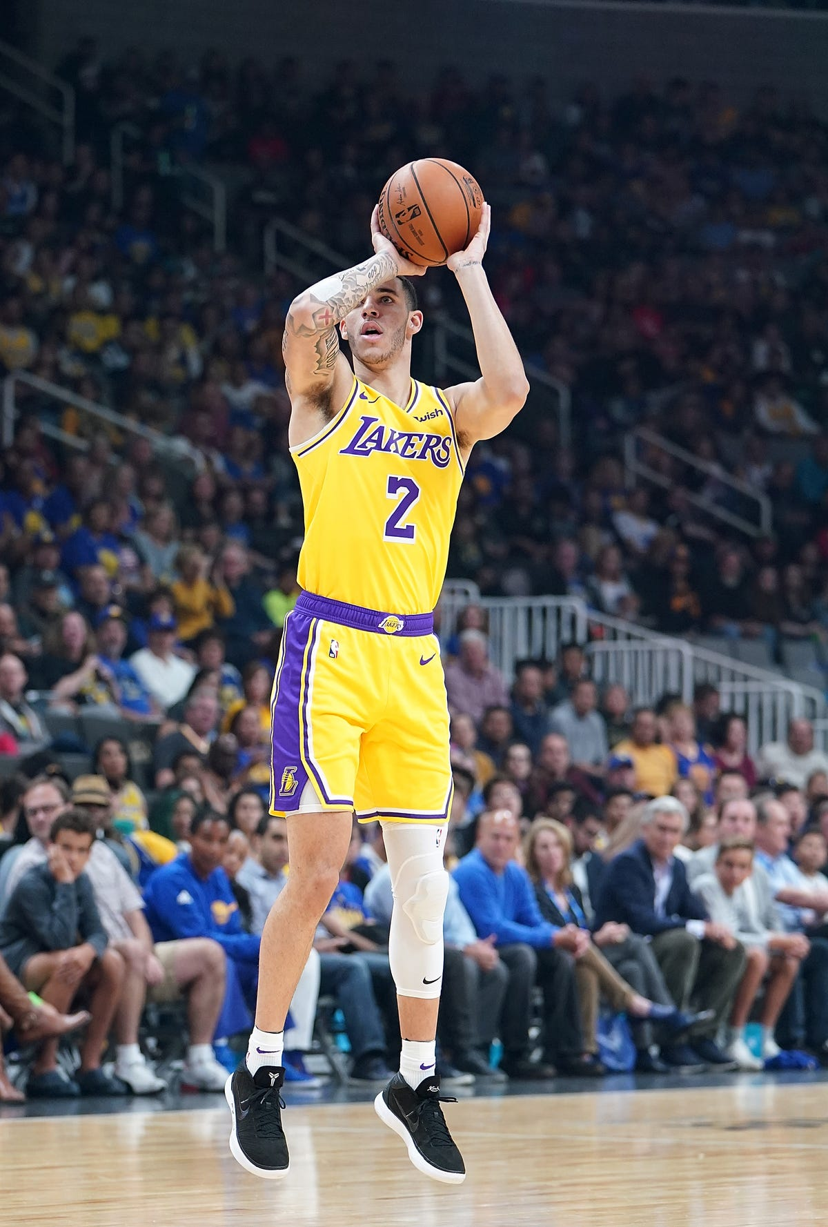 brand new 61605 620f8 Lonzo Ball continued to wear Nike as designer teased new BBB ...