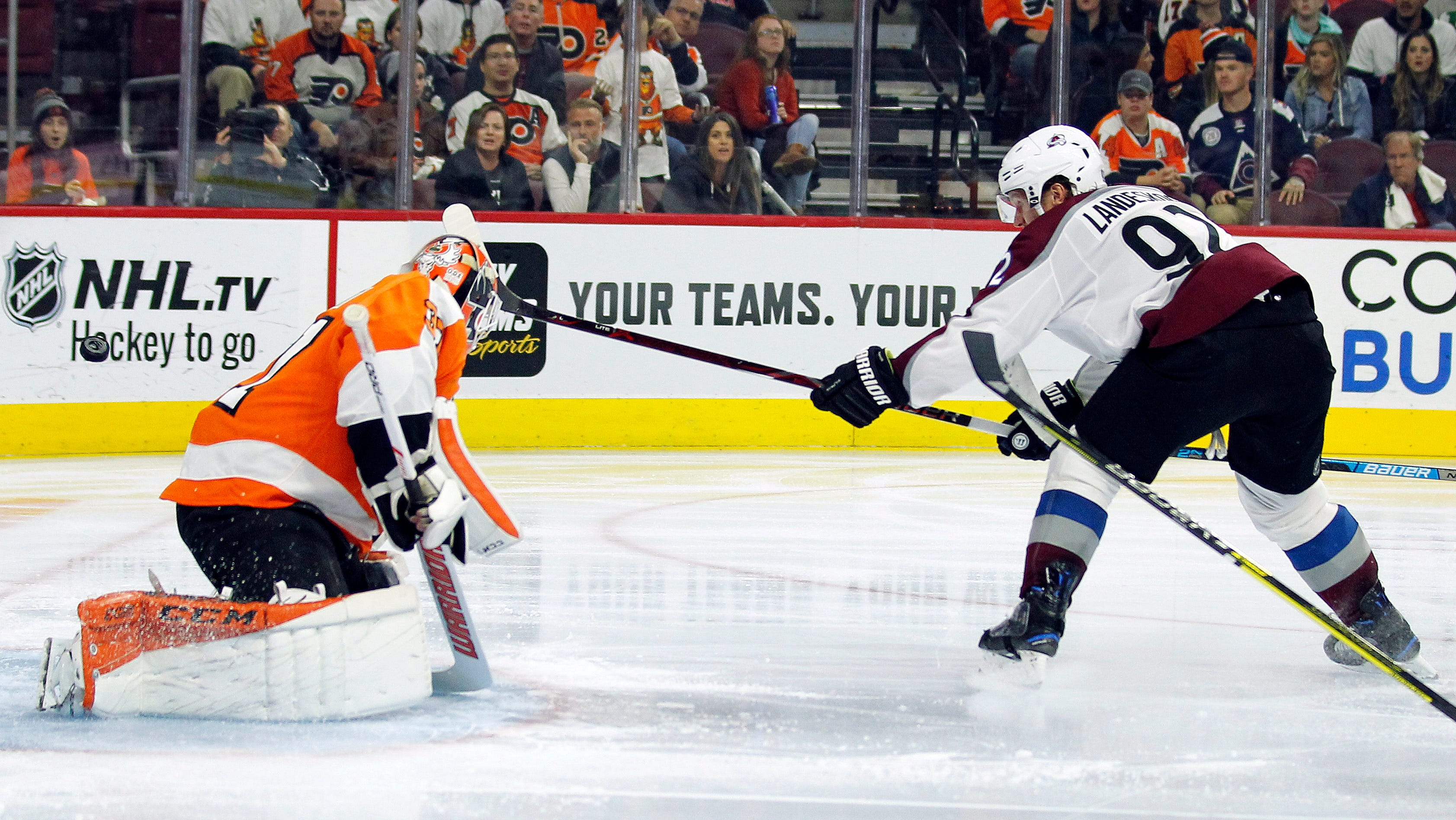 Rantanen scored twice, leads Avalanche past Flyers 4-1