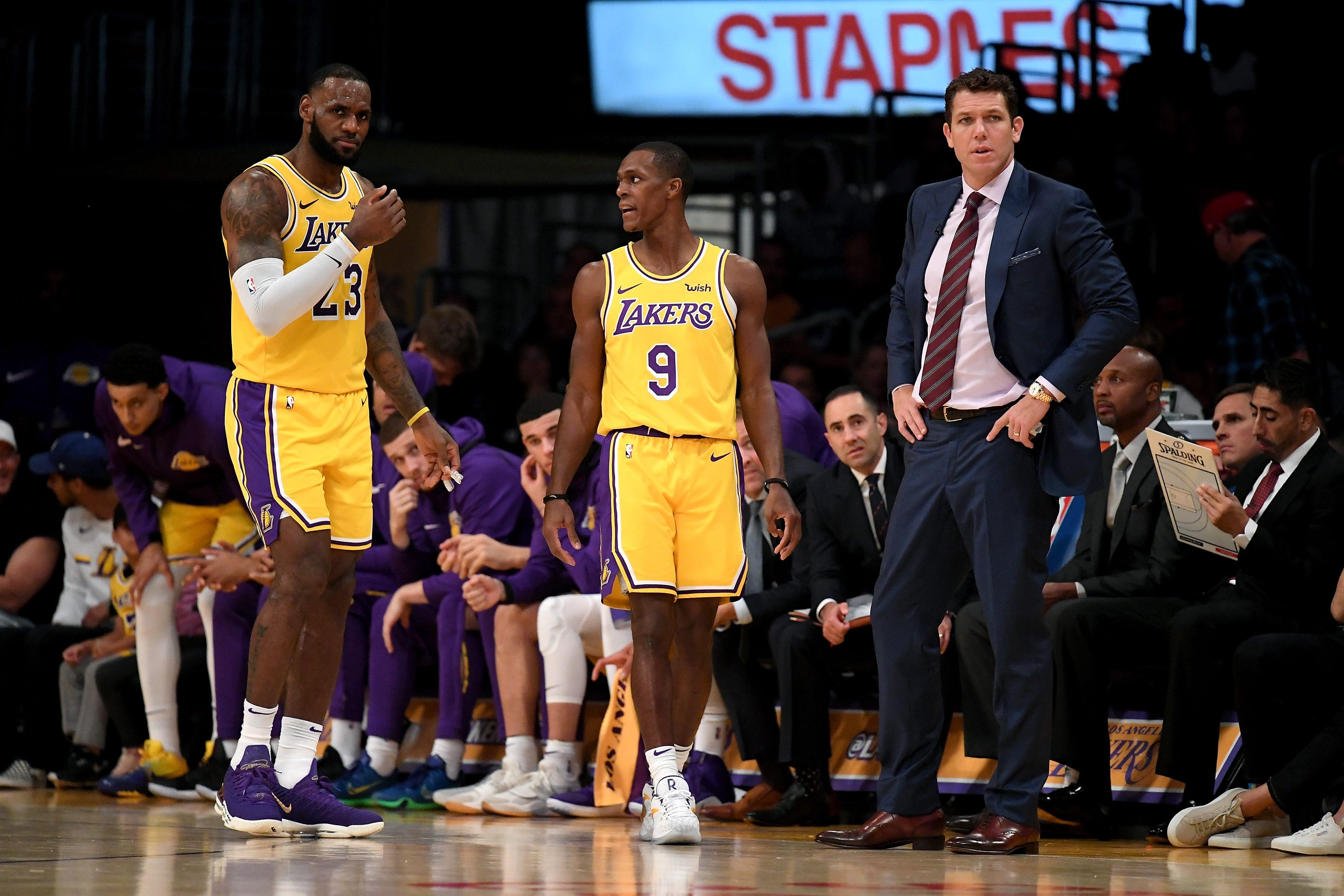 b41fbdec3a6 Column  Struggling Lakers need LaVar Ball to shake things up