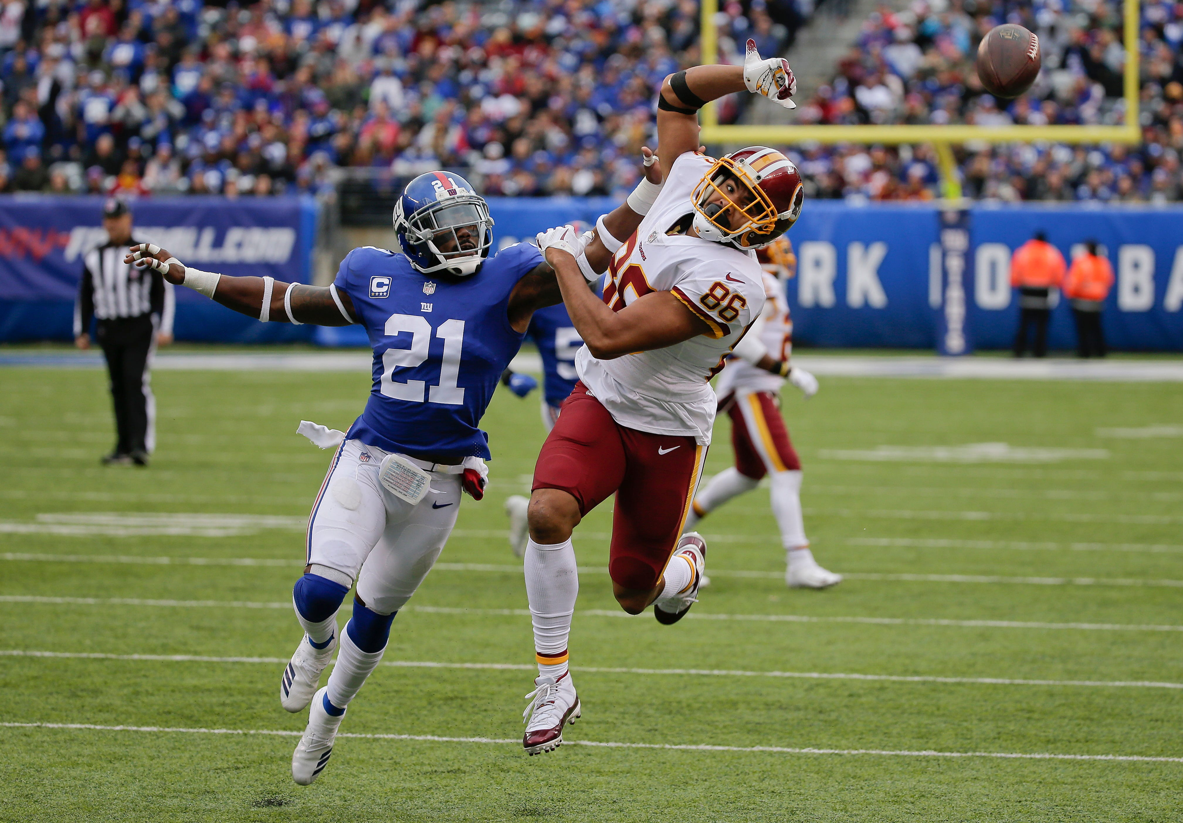 Giants' defense gave team a chance to win despite trades
