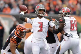 SportsPulse: USA TODAY Sports' Steve Gardner helps you set your lineup heading into Week 12 of the fantasy football season.