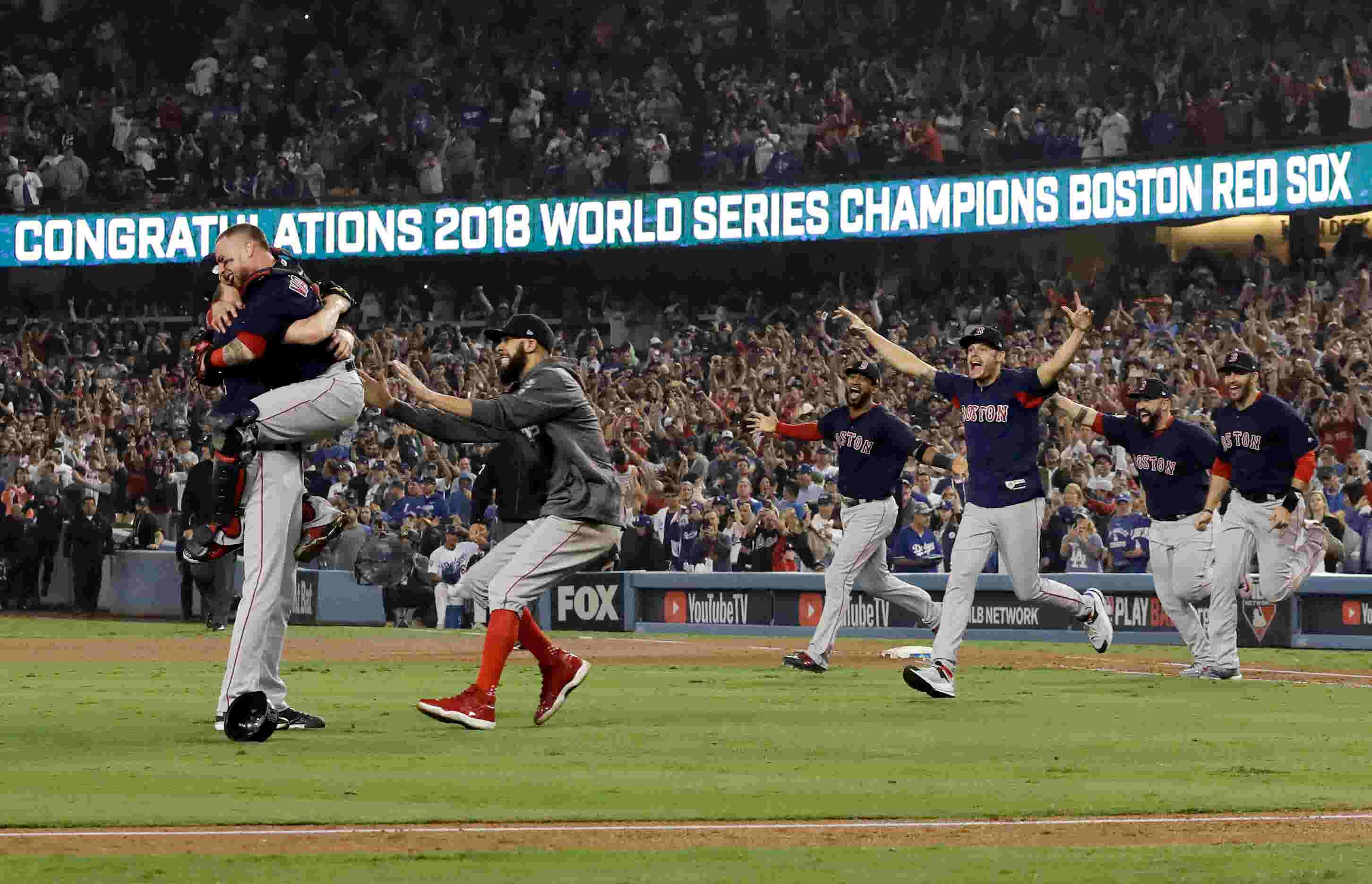 3fa16f6fe835a Chris Sale of FGCU and Naples finishes off Dodgers as Red Sox win World  Series