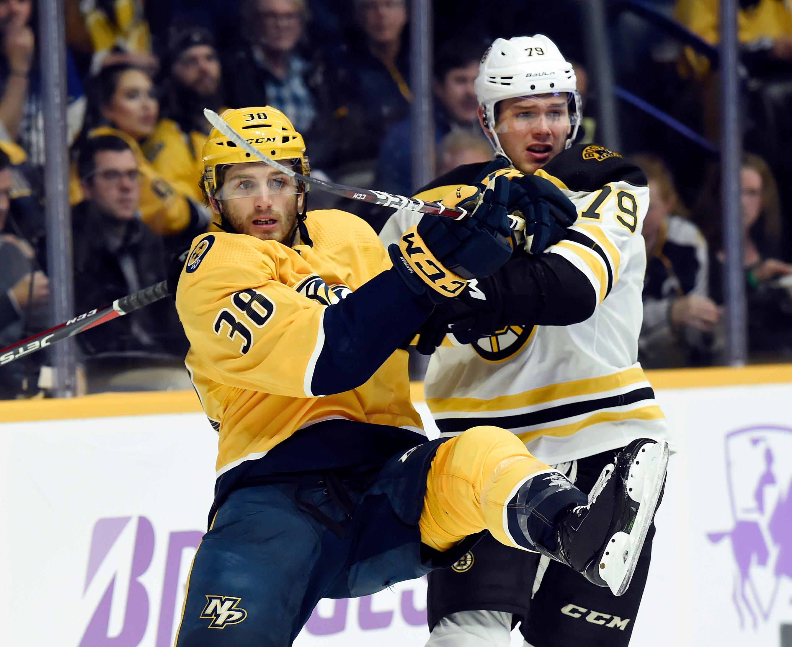Rinne shuts out Bruins on 36th birthday, Predators win 1-0