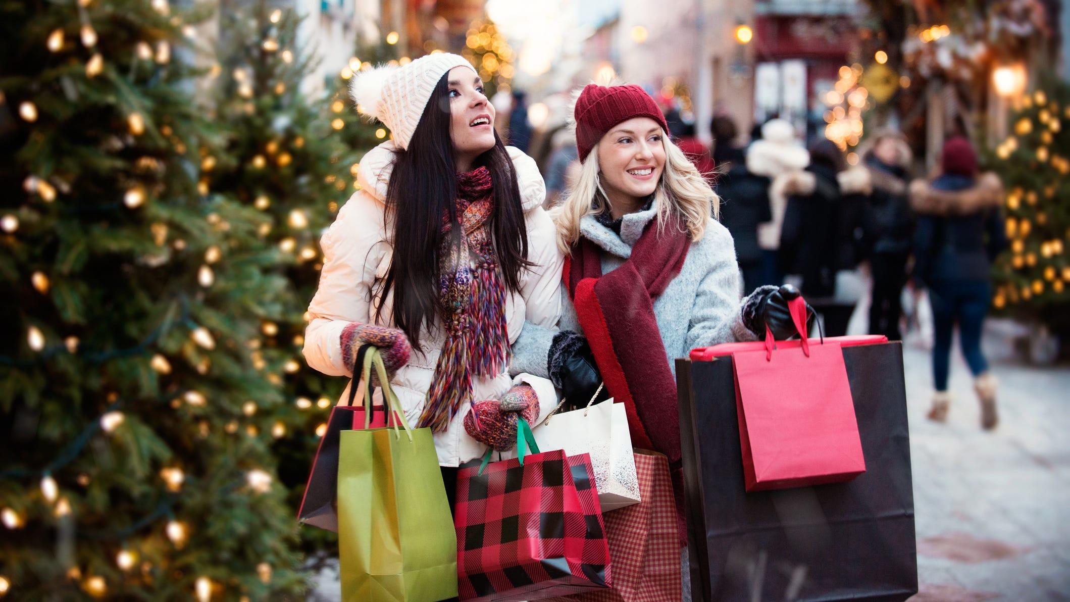 3 tips to avoid overspending on Black Friday