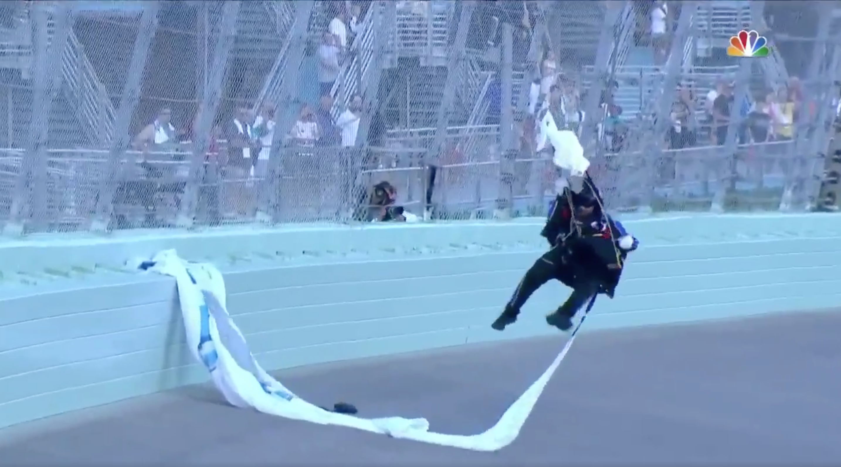 Wind creates a nightmare for skydiver at NASCAR's championship race