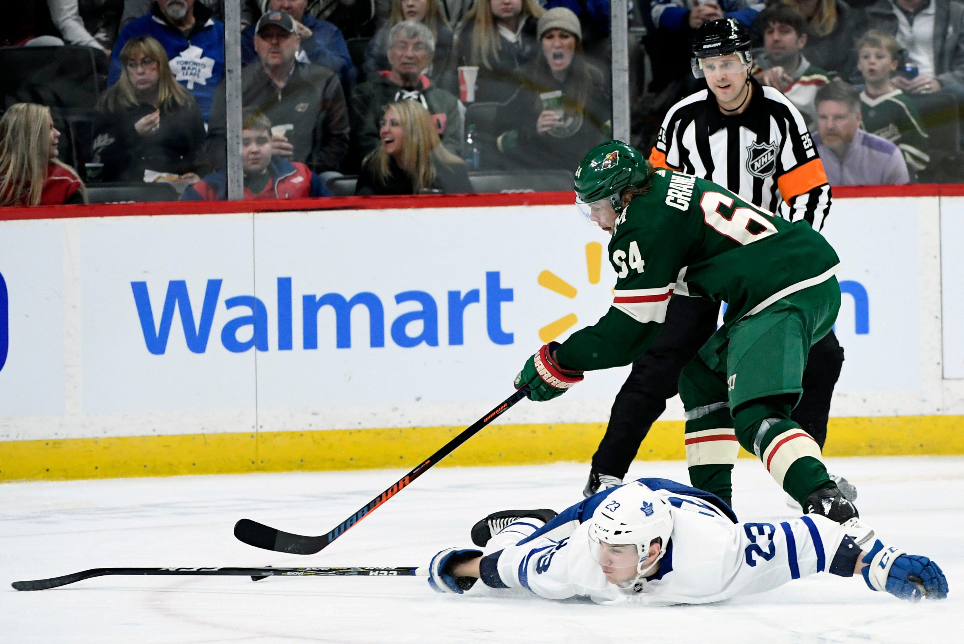 Nazem Kadri scores winner, Maple Leafs beat Wild, 5-3