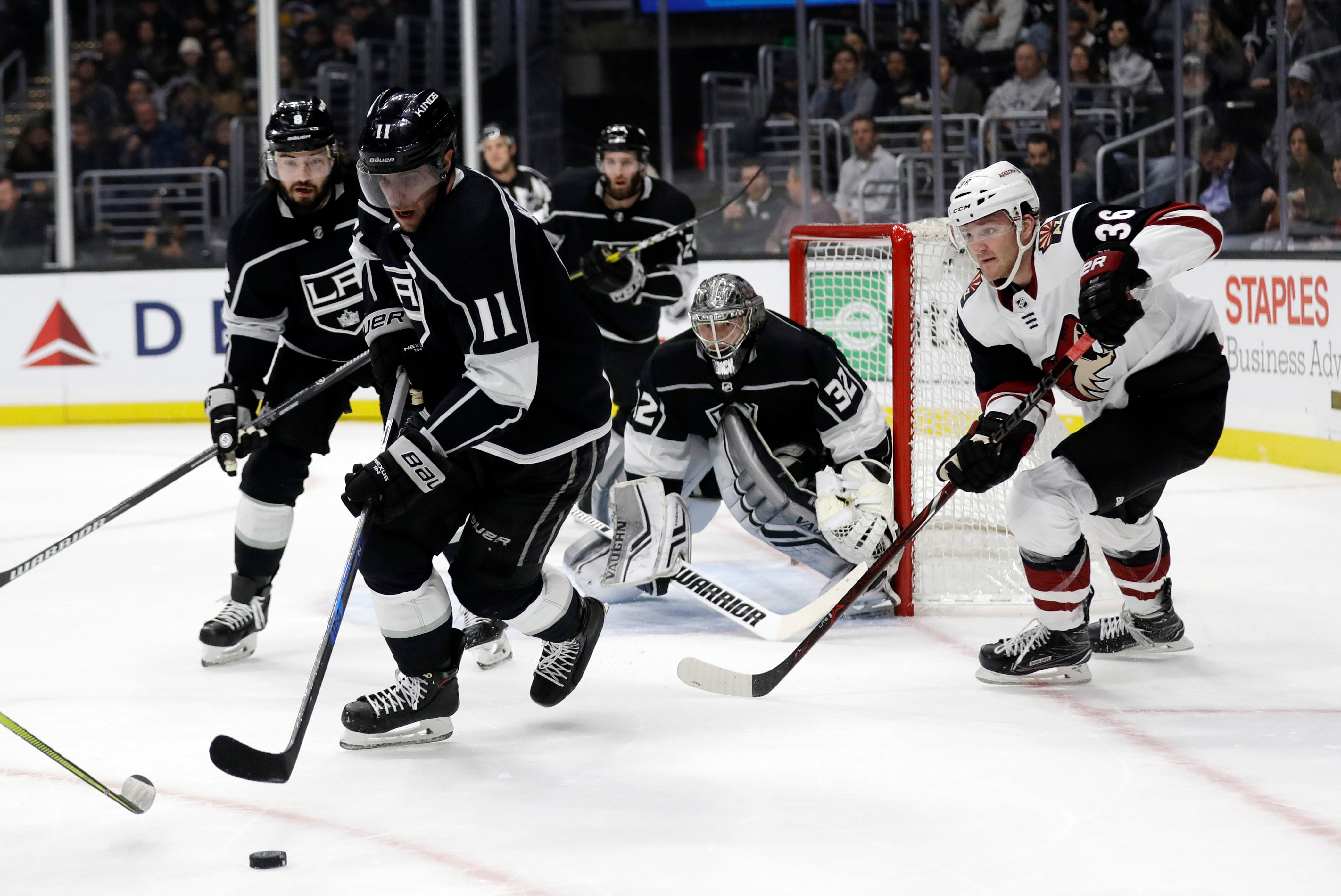 Hill shines again as Coyotes beat Kings 2-1 for 4th straight