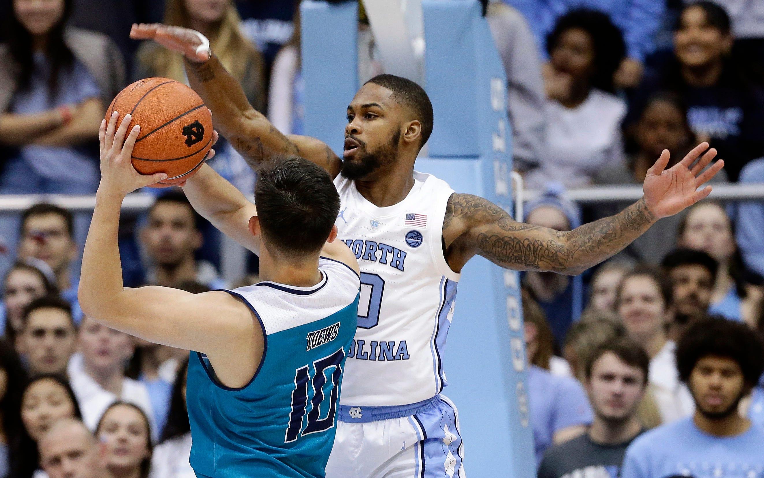 No. 14 North Carolina beats UNC Wilmington 97-69