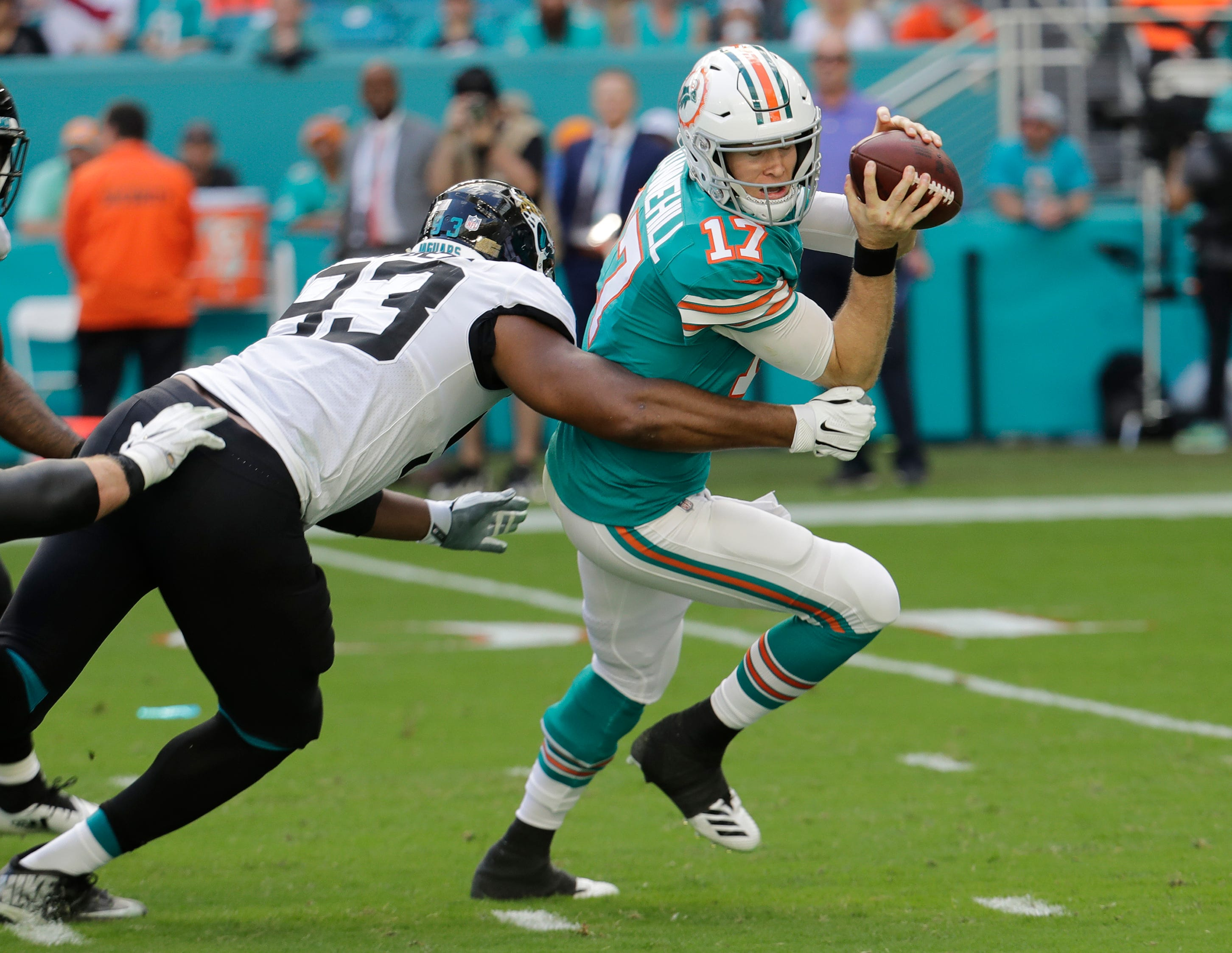 Bills QB Allen seeks better finish in rematch against Miami