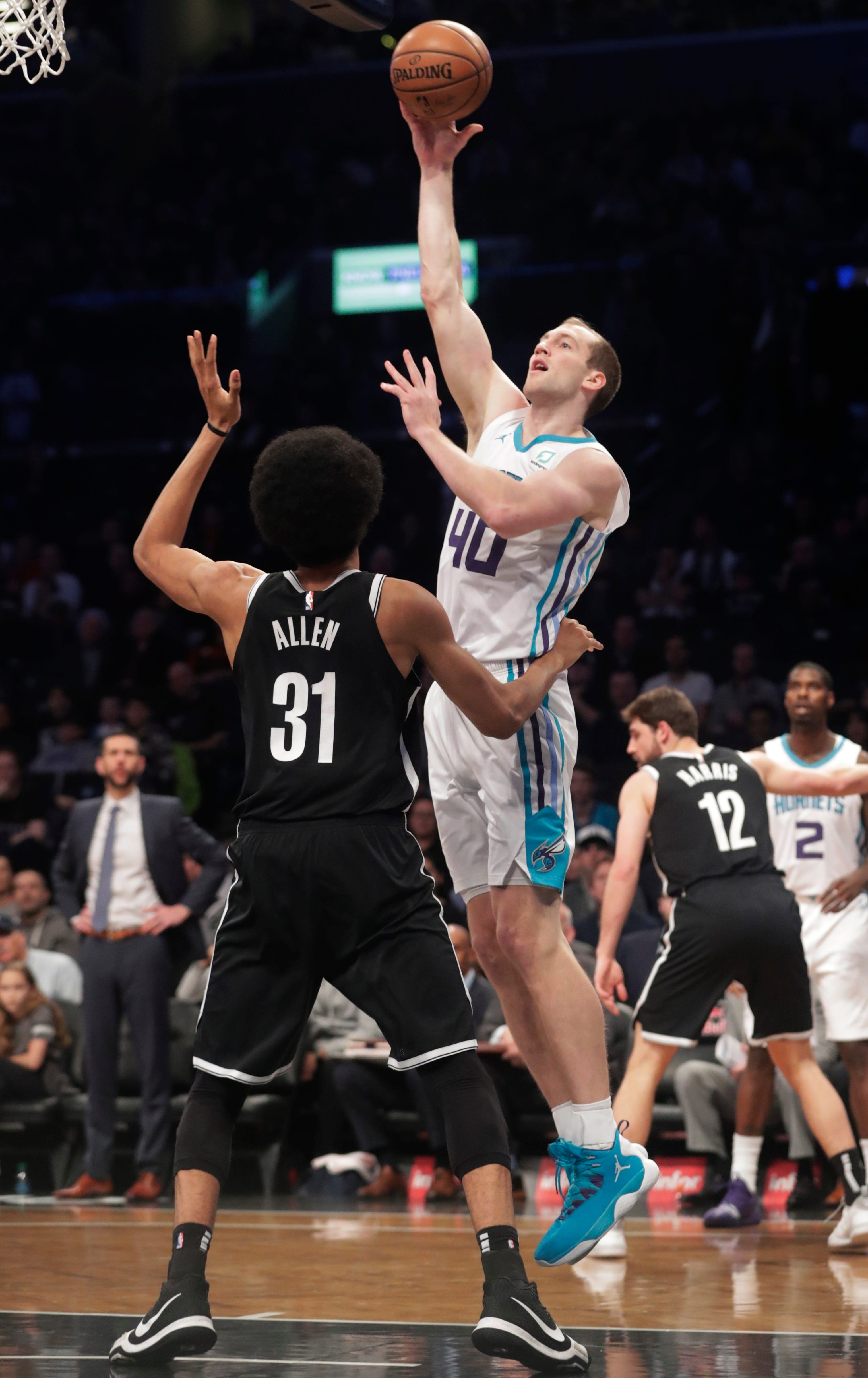 Nets beat Hornets 134-132 in 2OTs on Harris'  late layup