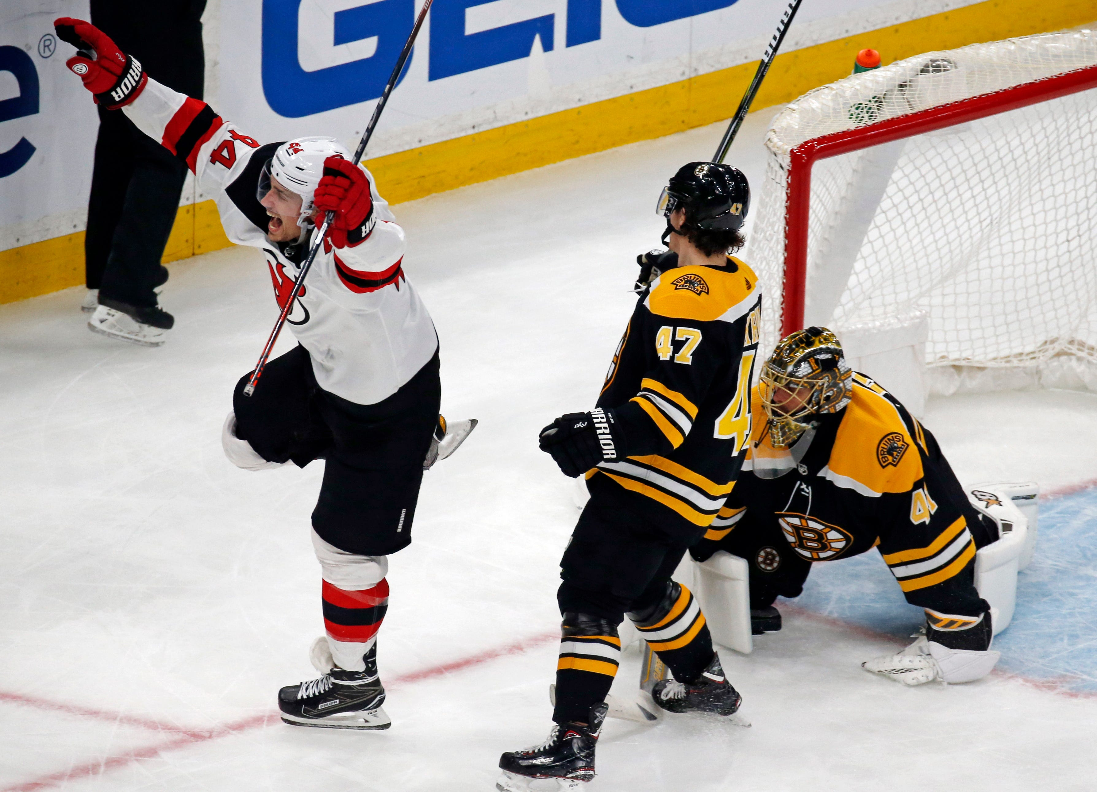 Blackwood picks up first NHL win, Devils beat Bruins 5-2