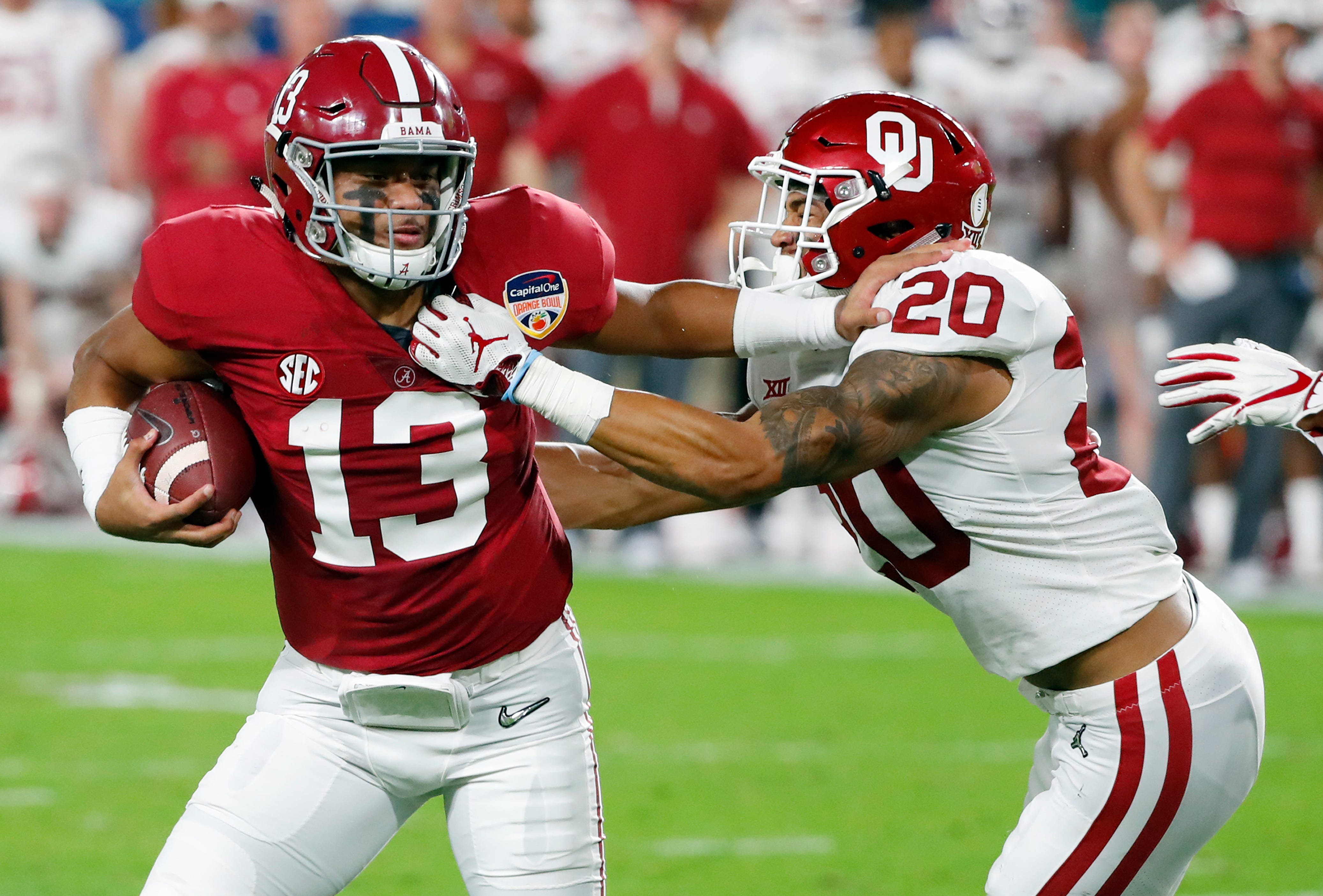 The Latest: Alabama extends its lead, goes up 38-20