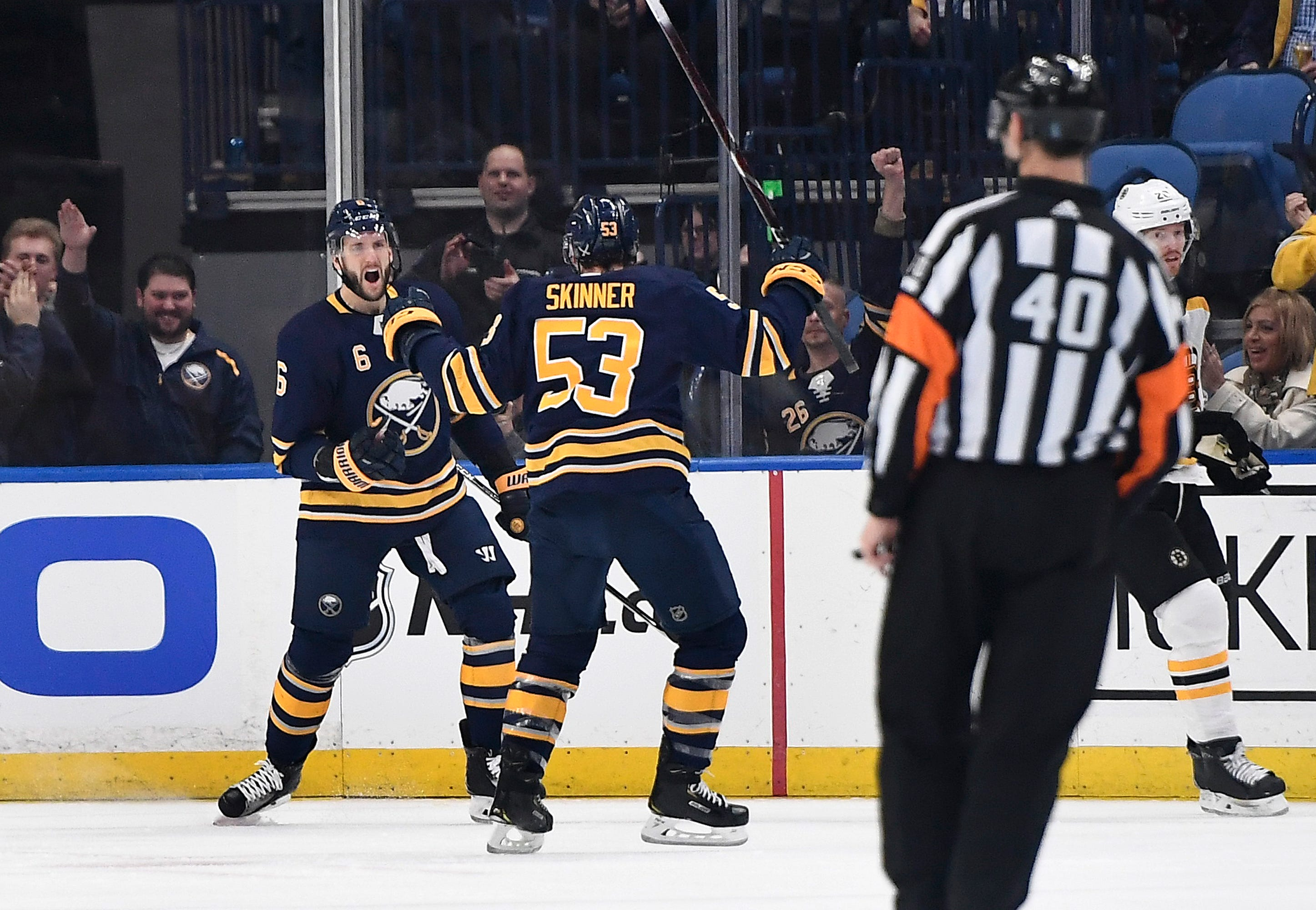 Kuraly scores in OT to give Bruins 3-2 win over Sabres