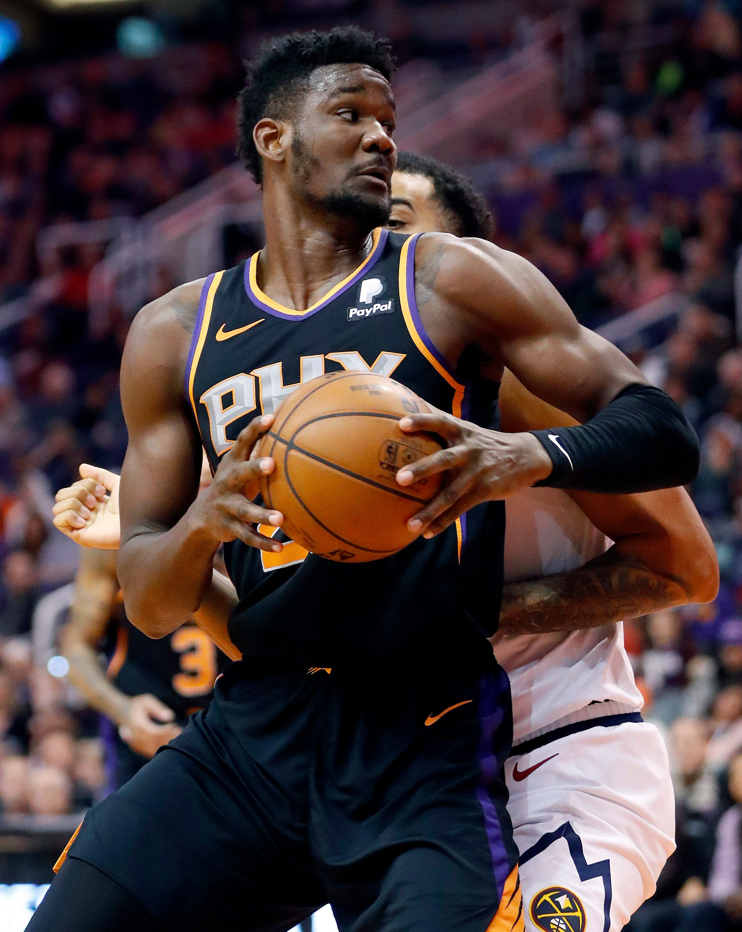 Murray scores 46, hits 9 3s as Nuggets hold off Suns 122-118