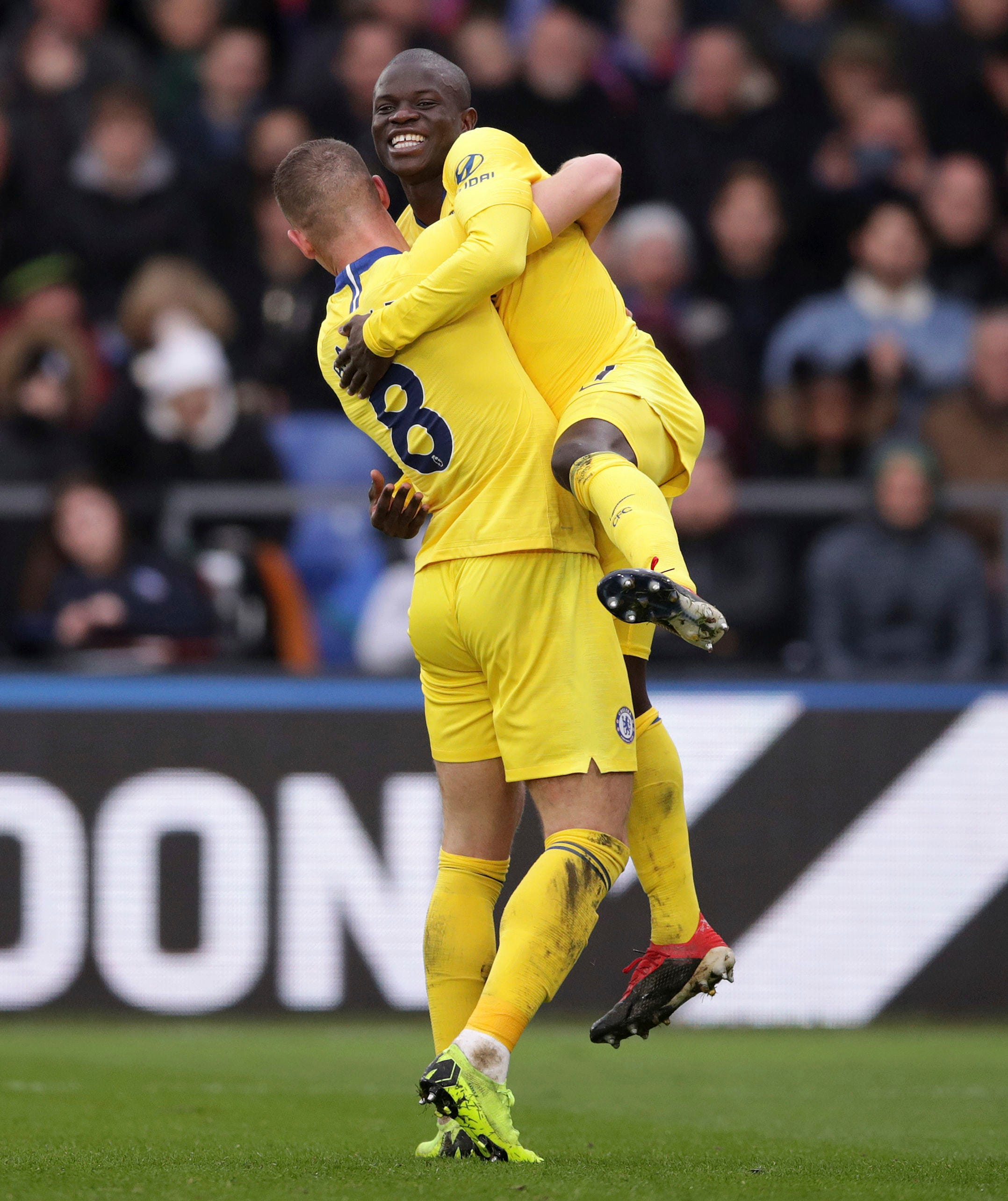 Kante gives Chelsea 1-0 win over Crystal Palace