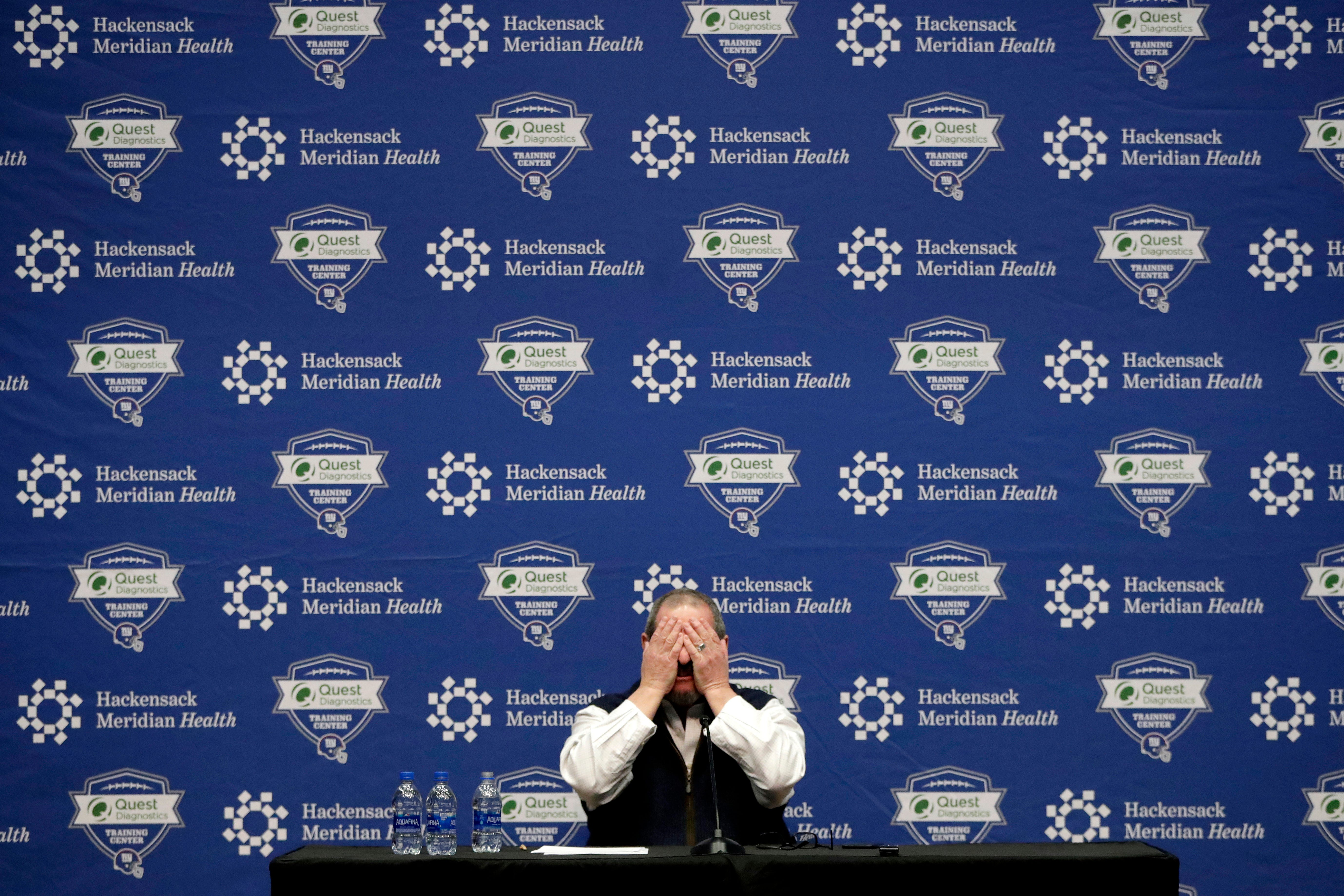 Gettleman has no-holds barred talk with Manning