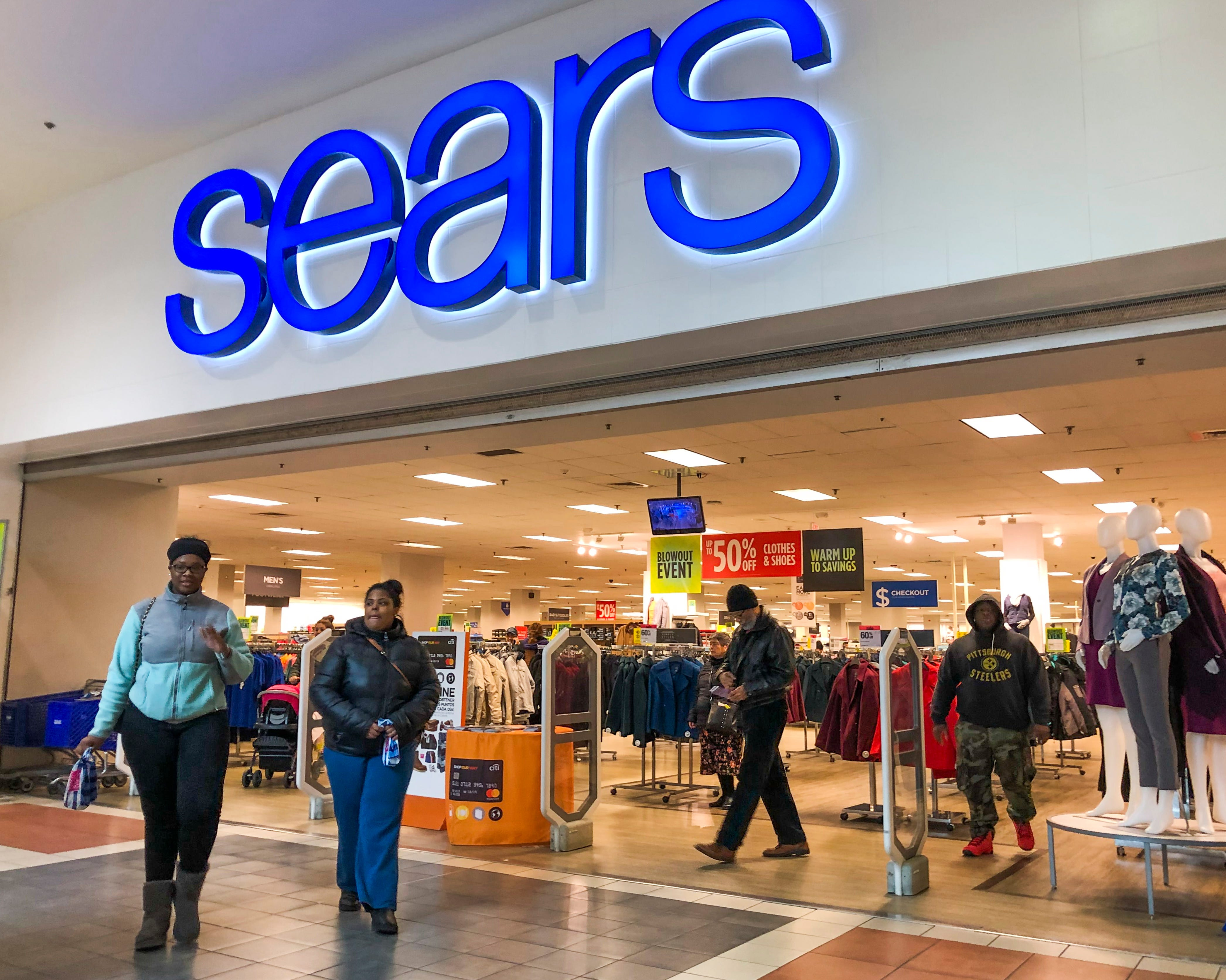 Sears, Kmart to close one-third of stores: 96 locations closing, $250M in financing landed