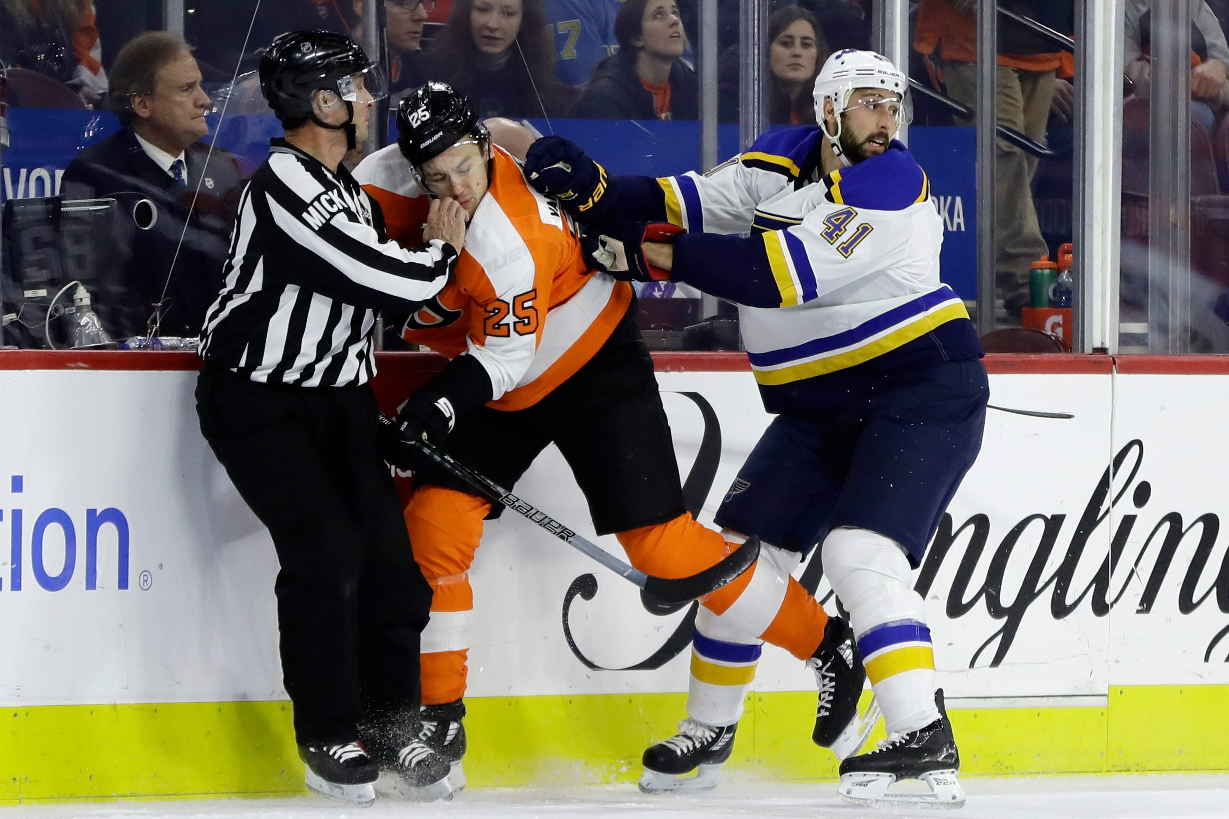 Blues send Philadelphia Flyers to 7th straight loss, 3-0