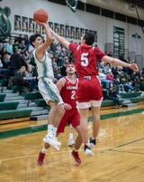 Watch: Pennfield hits game-winner at buzzer to upset Coldwater