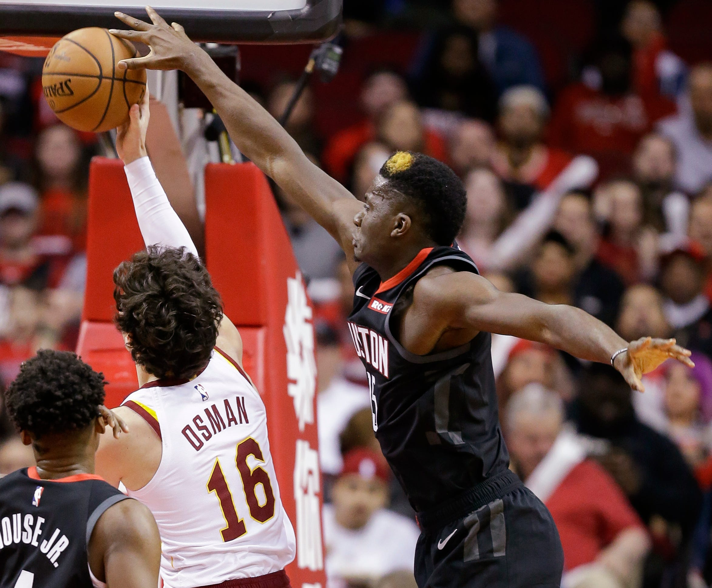 Harden has triple-double to lead Rockets over Cavs 141-113